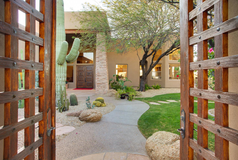 Phoenix_Arizona_www.JamesStewart.photo_18.jpg