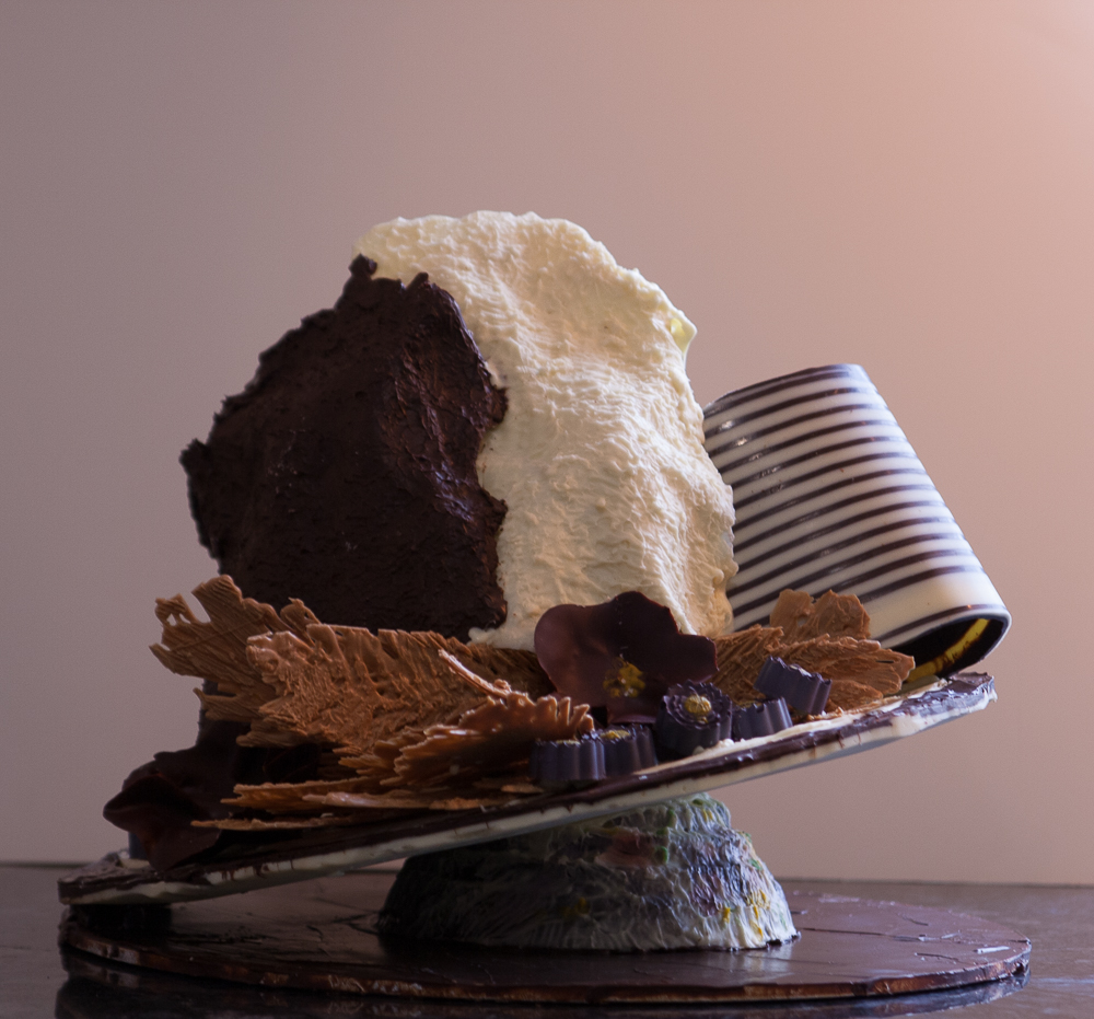 pinata cake (1 of 1).jpg
