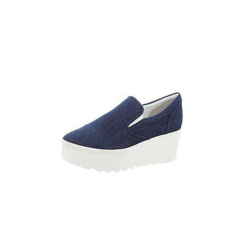 denim shoe.png