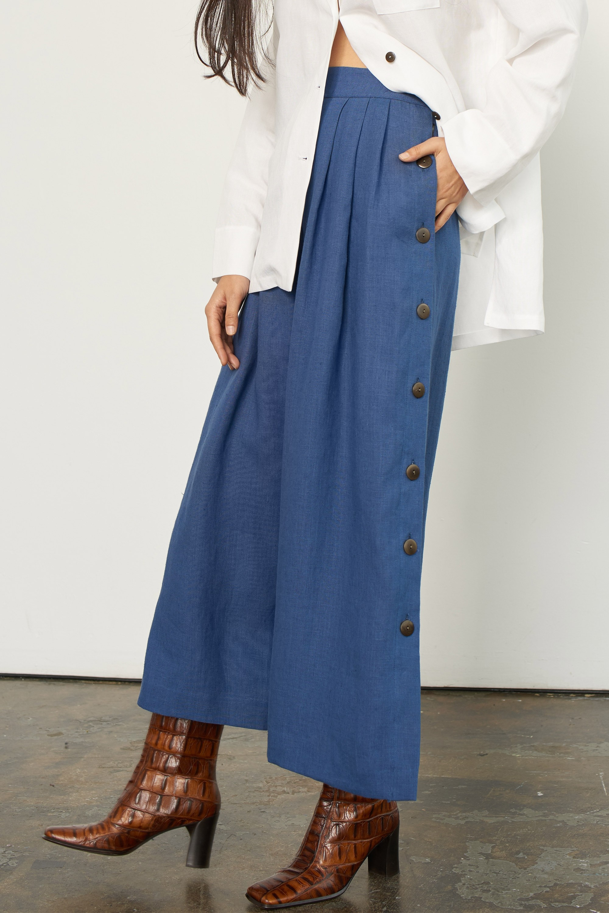 angie-button-side-culotte-pant-navy.jpg