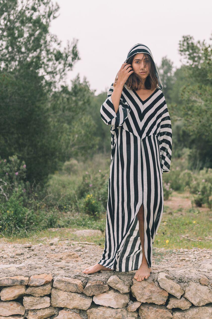 essaoria-striped-1.jpg