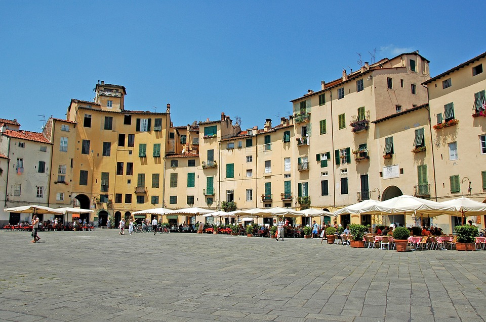 Day trip to Lucca from Florence