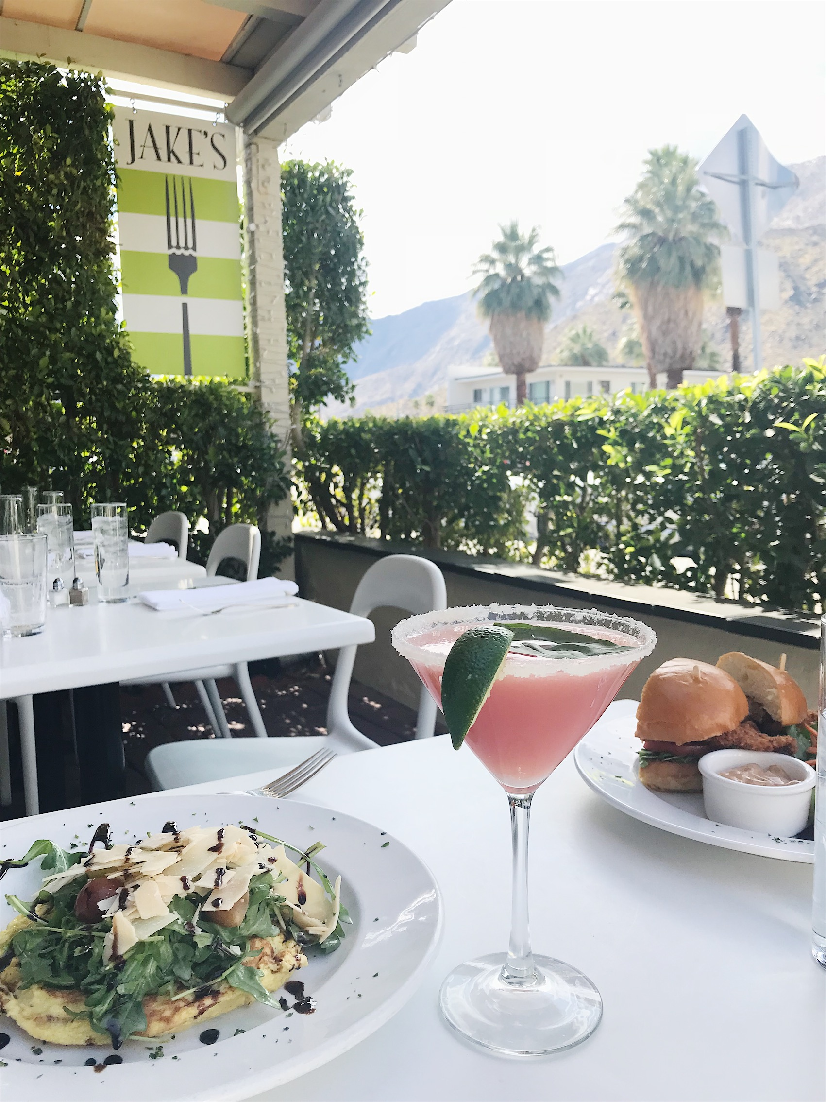 Jakes Palm Springs brunch