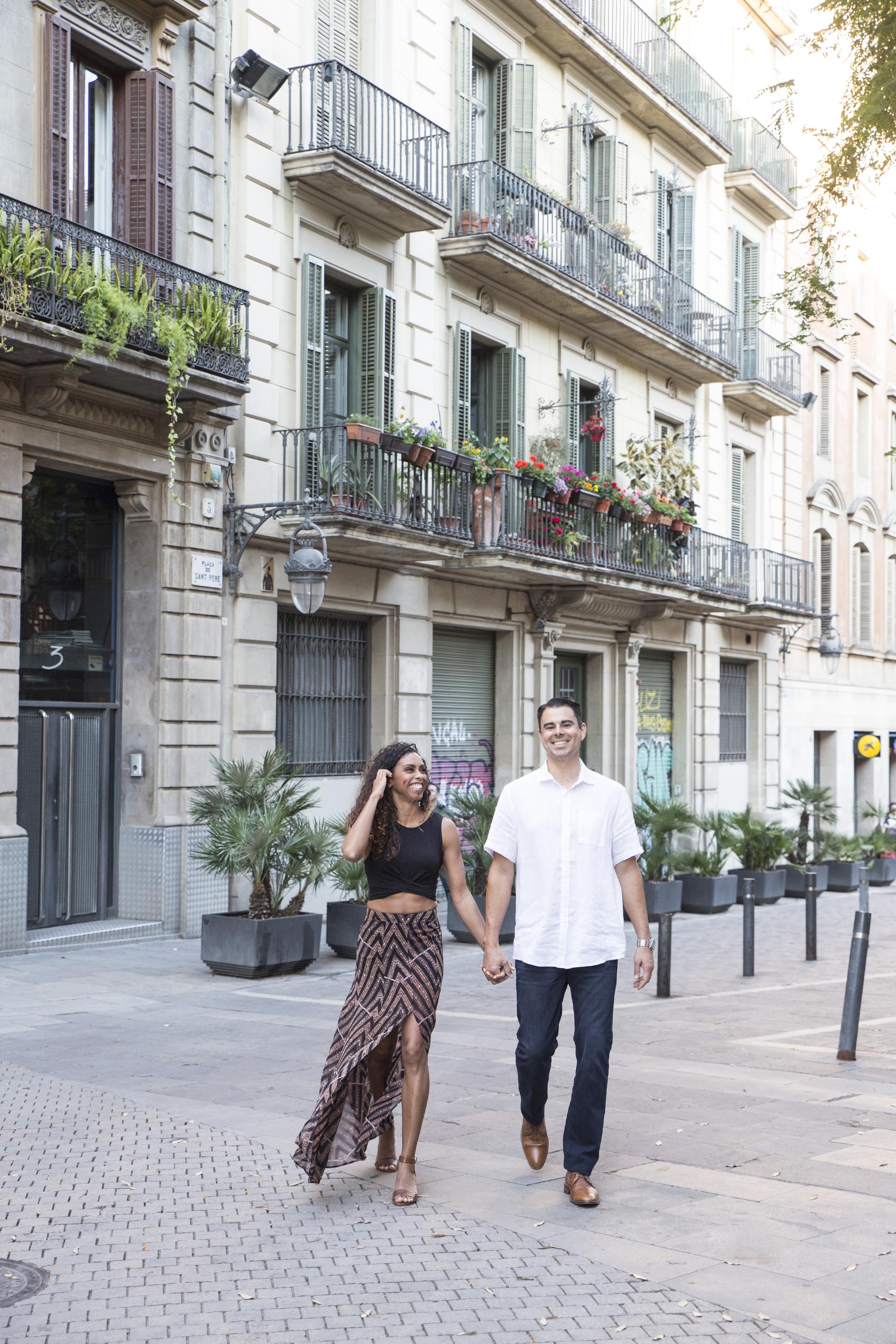 honeymoon-photoshoot.barcelona.jpg
