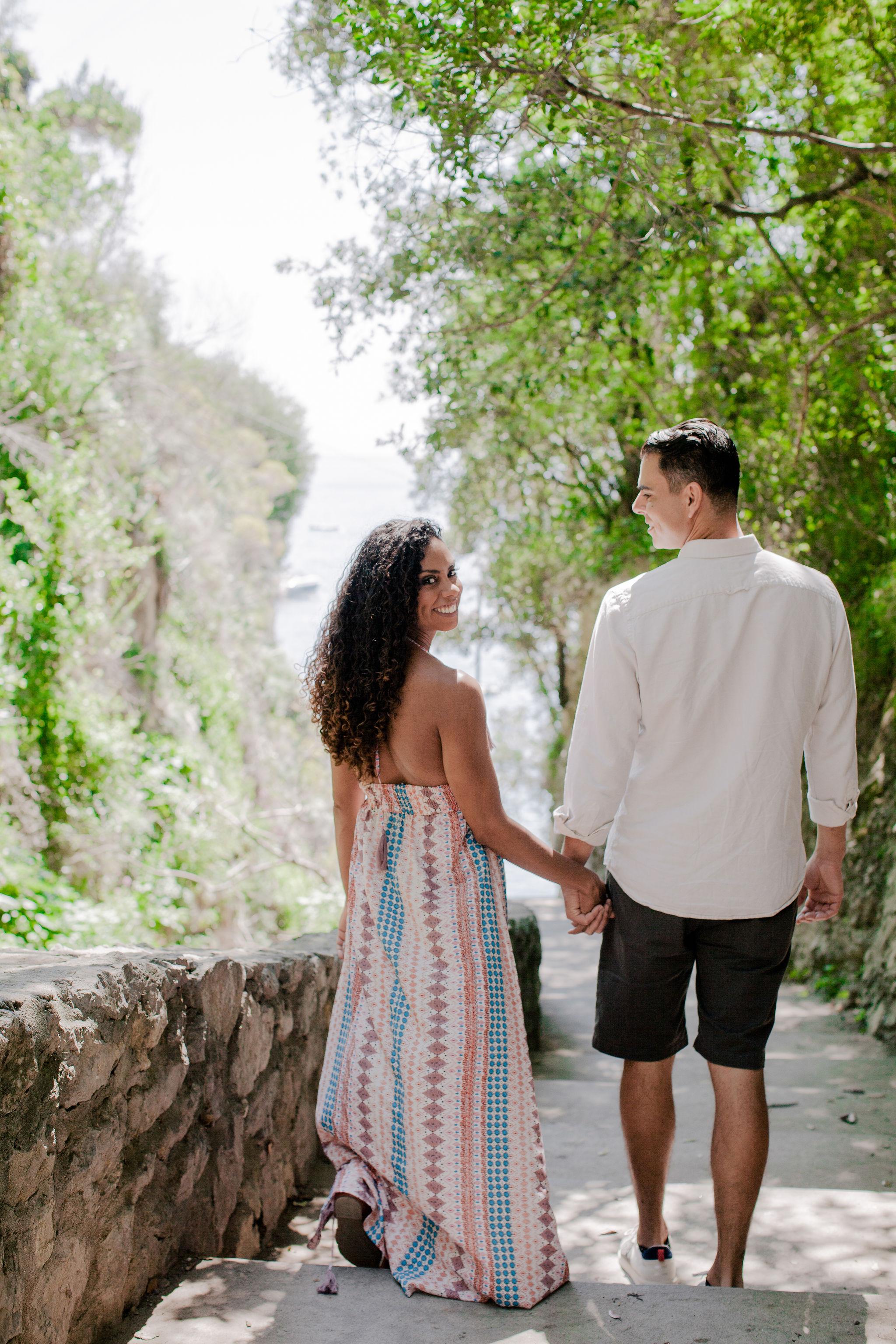 Plan a honeymoon photoshoot