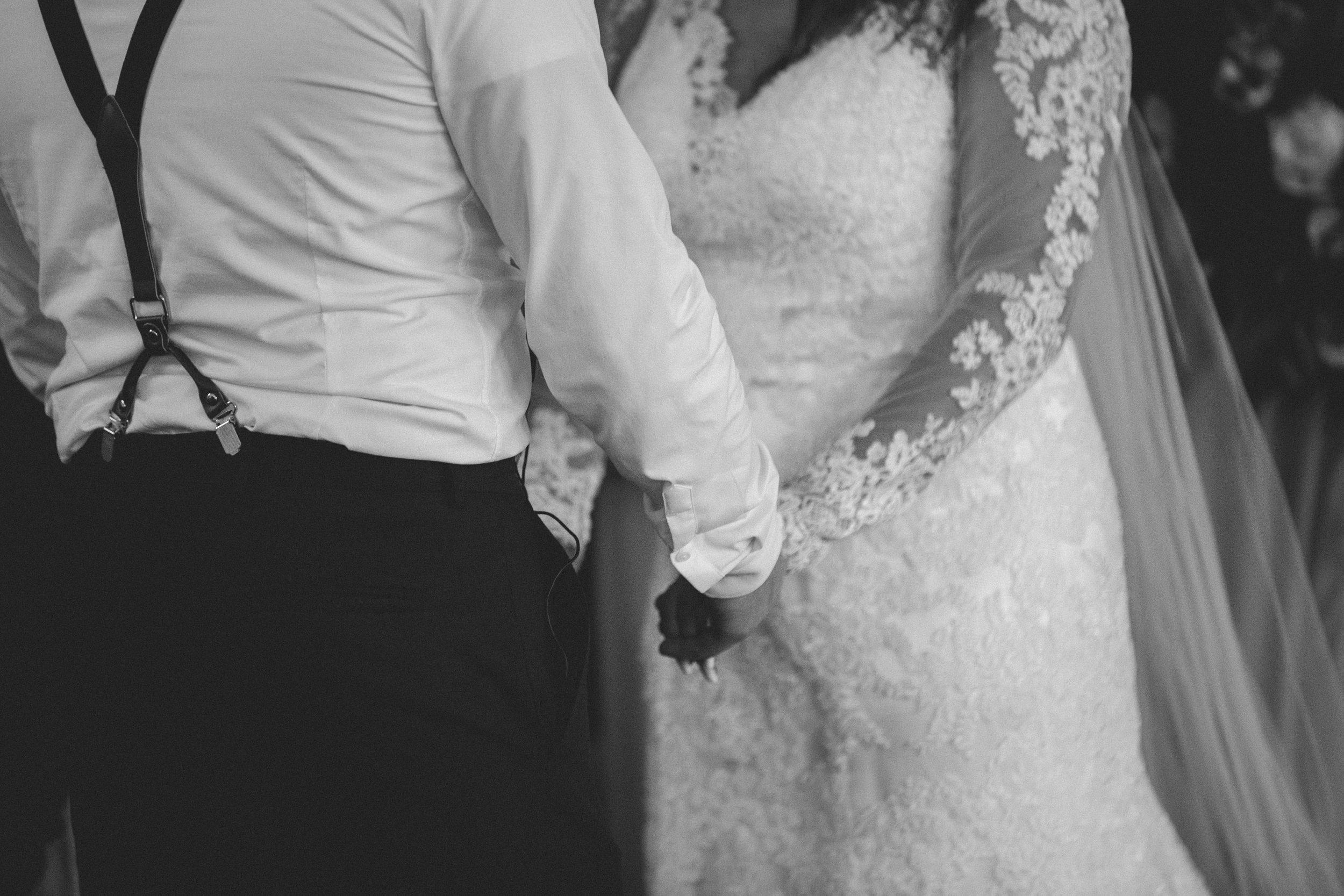 WEDDING (318 of 710).jpg