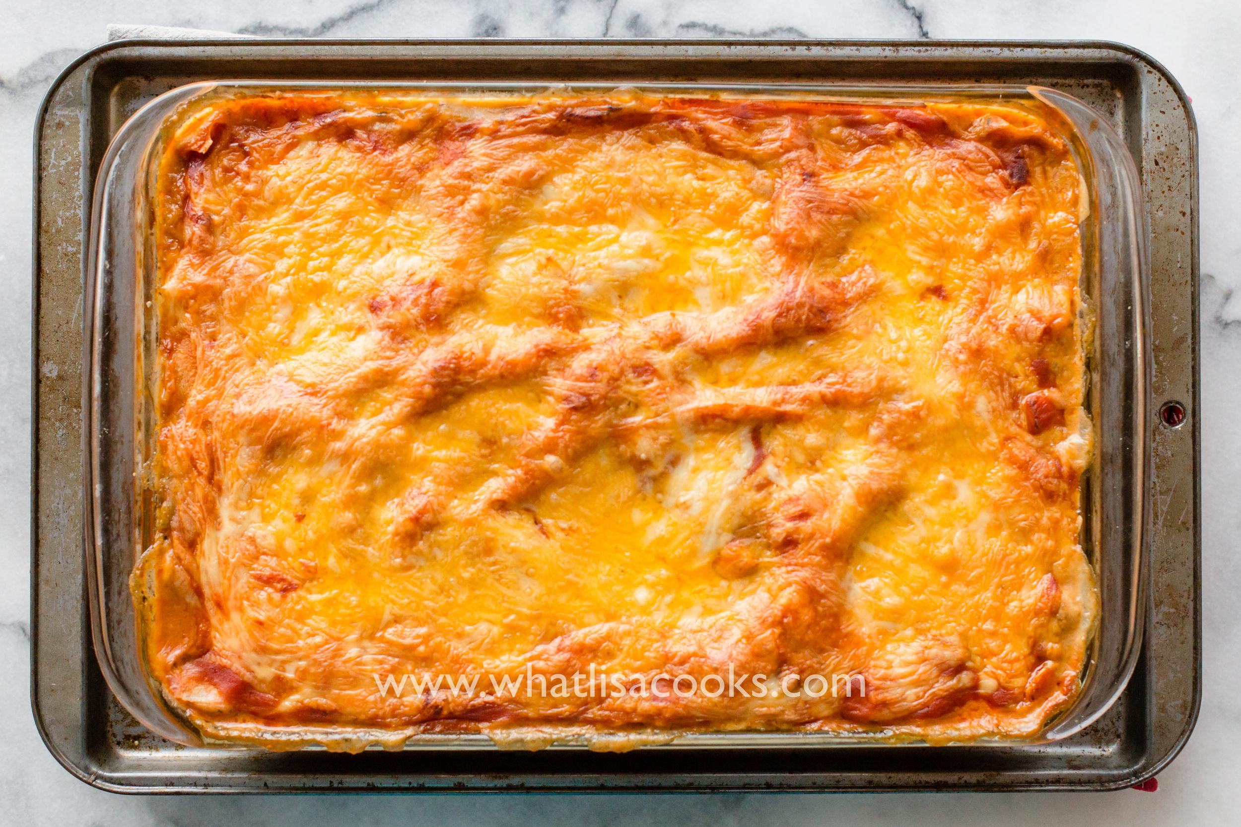 easy enchilada casserole recipe   whatlisacooks.com