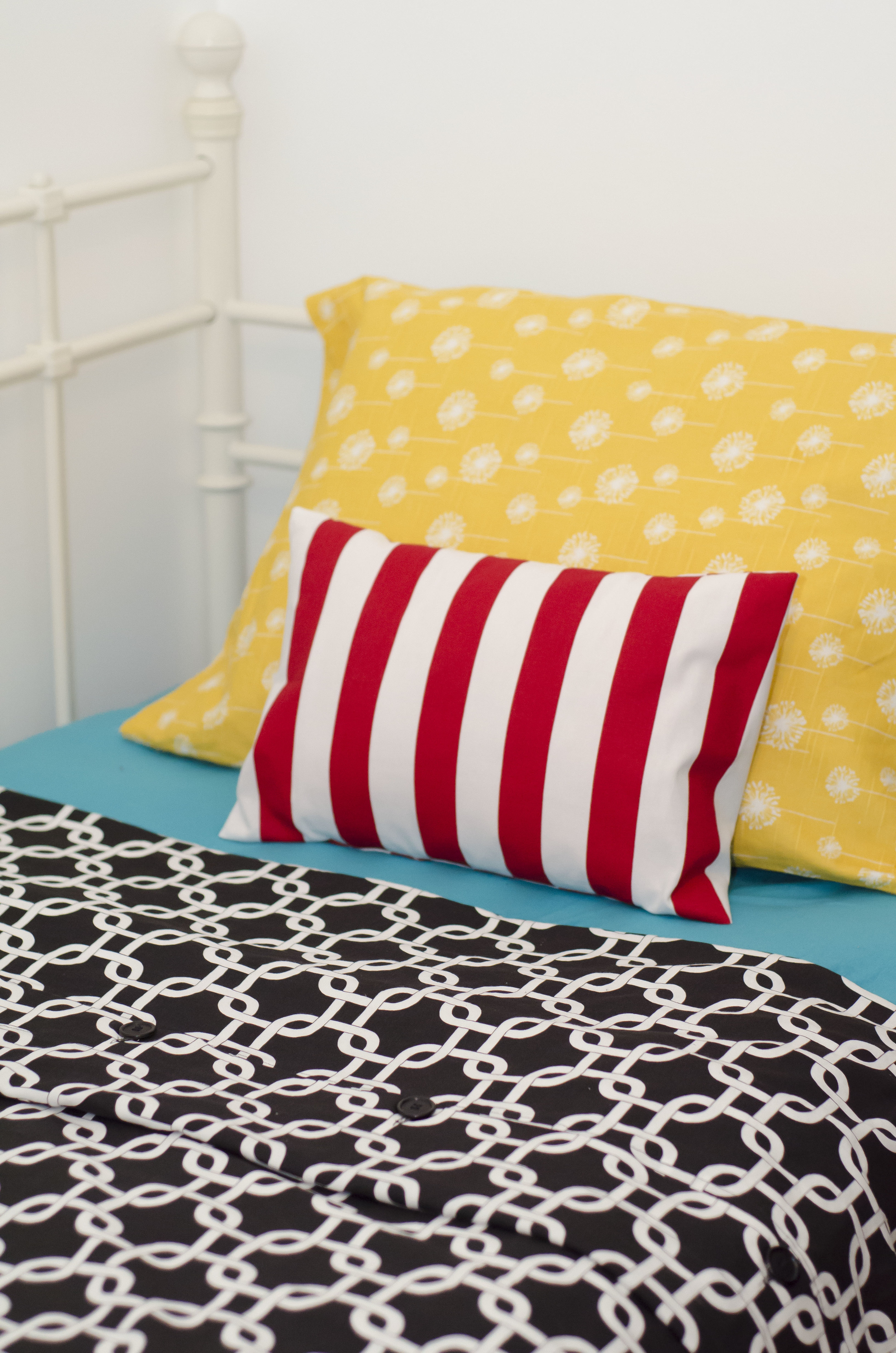Unisex Children bedroom (4).jpg