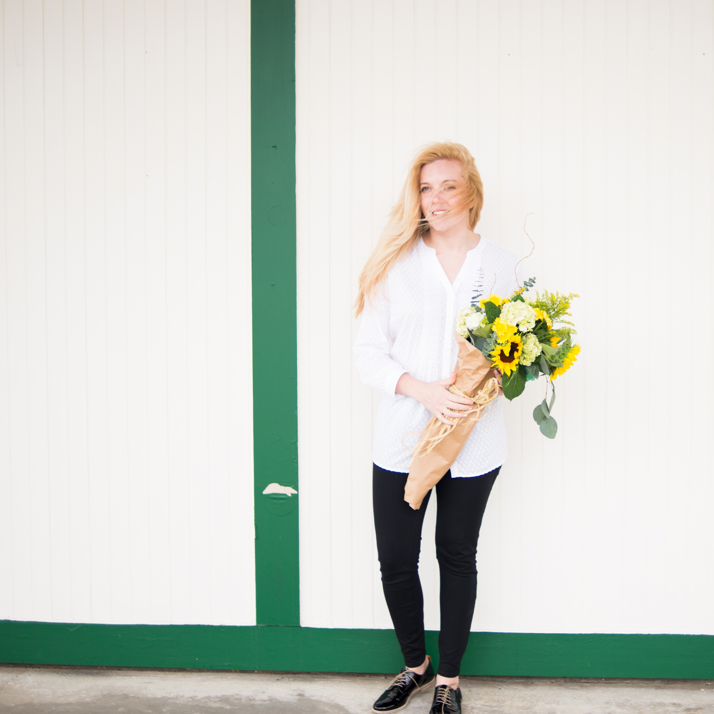thoughtfulwish | fashion blogger // boston blogger // nantasket beach // lucky lemons // talbots // AGL shoes // preppy fashion // fresh flowers // meredith wish