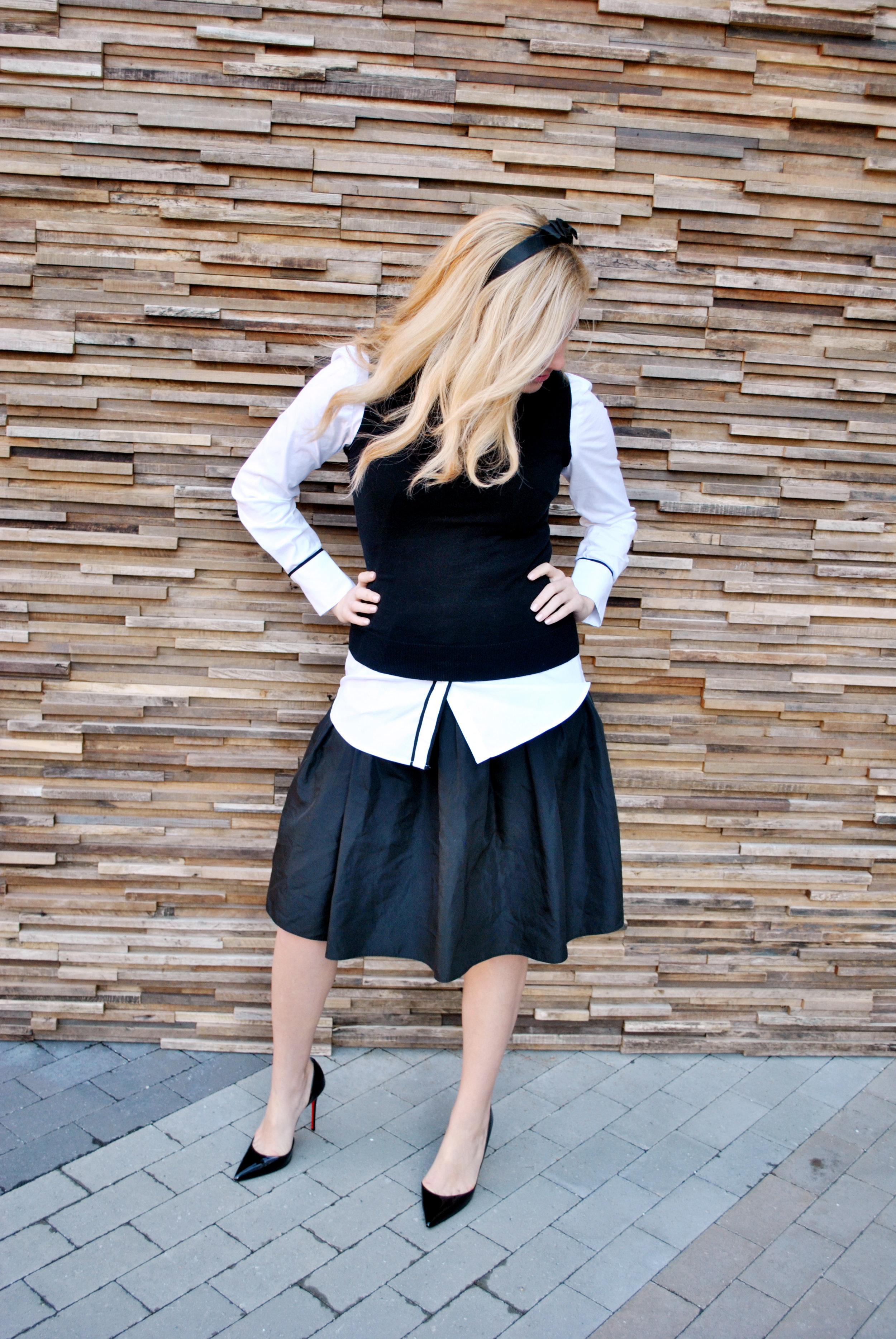 thoughtfulwish | Fashion blogger, fblog, fashion, black and white outfit, black and white fashion, sweater, j.crew, louboutins, layers, meredith wish, boston, work outfit