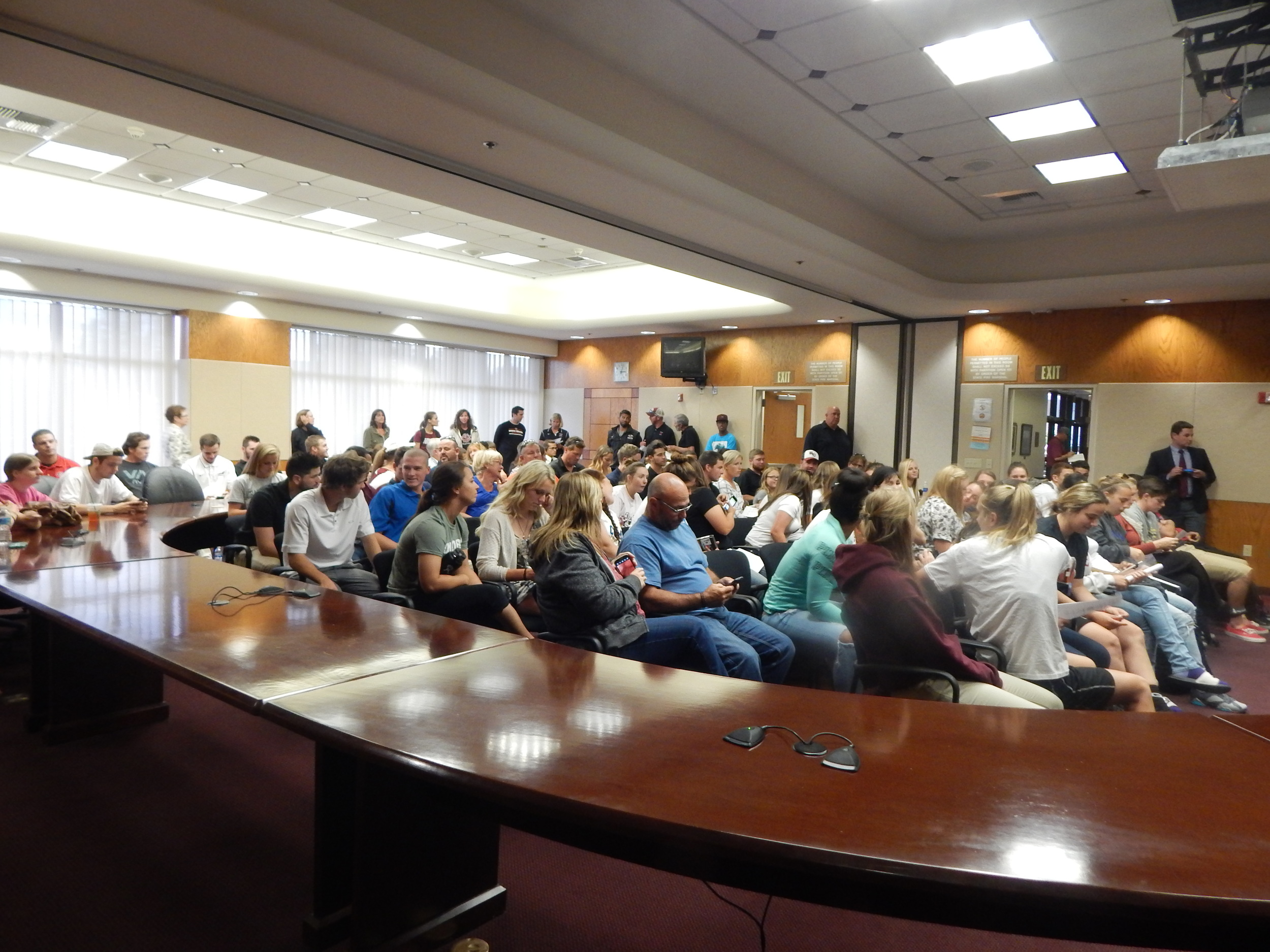 64 Student-Athlete's flood the Board Room in the Sierra College Library for Wednesday Event ( Jeremy McDonald-65 Sports)