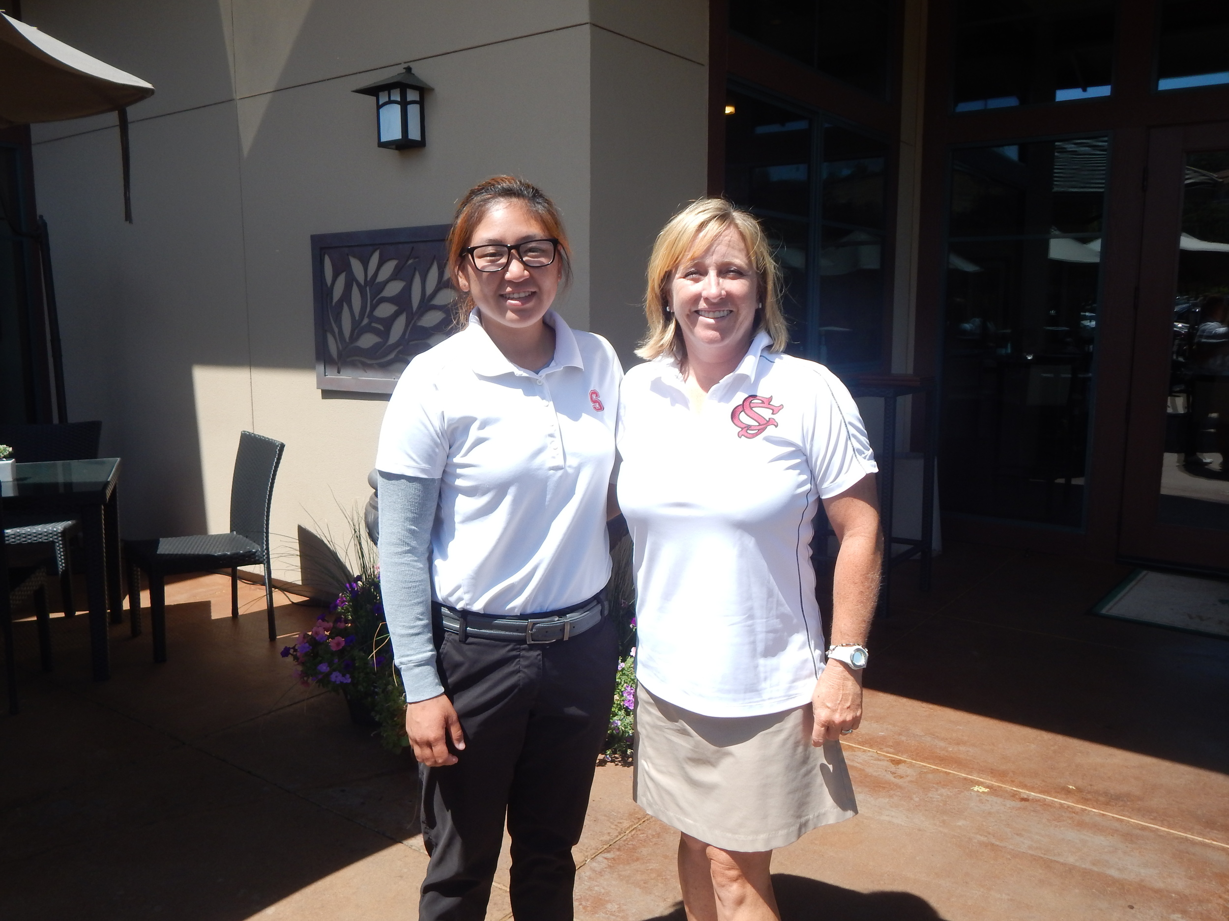 April Chang (Left) and Sierra College Head Coach Kim Silva at Whitney Oaks Golf Course in Rocklin ( Jeremy McDonald- 65 Sports)