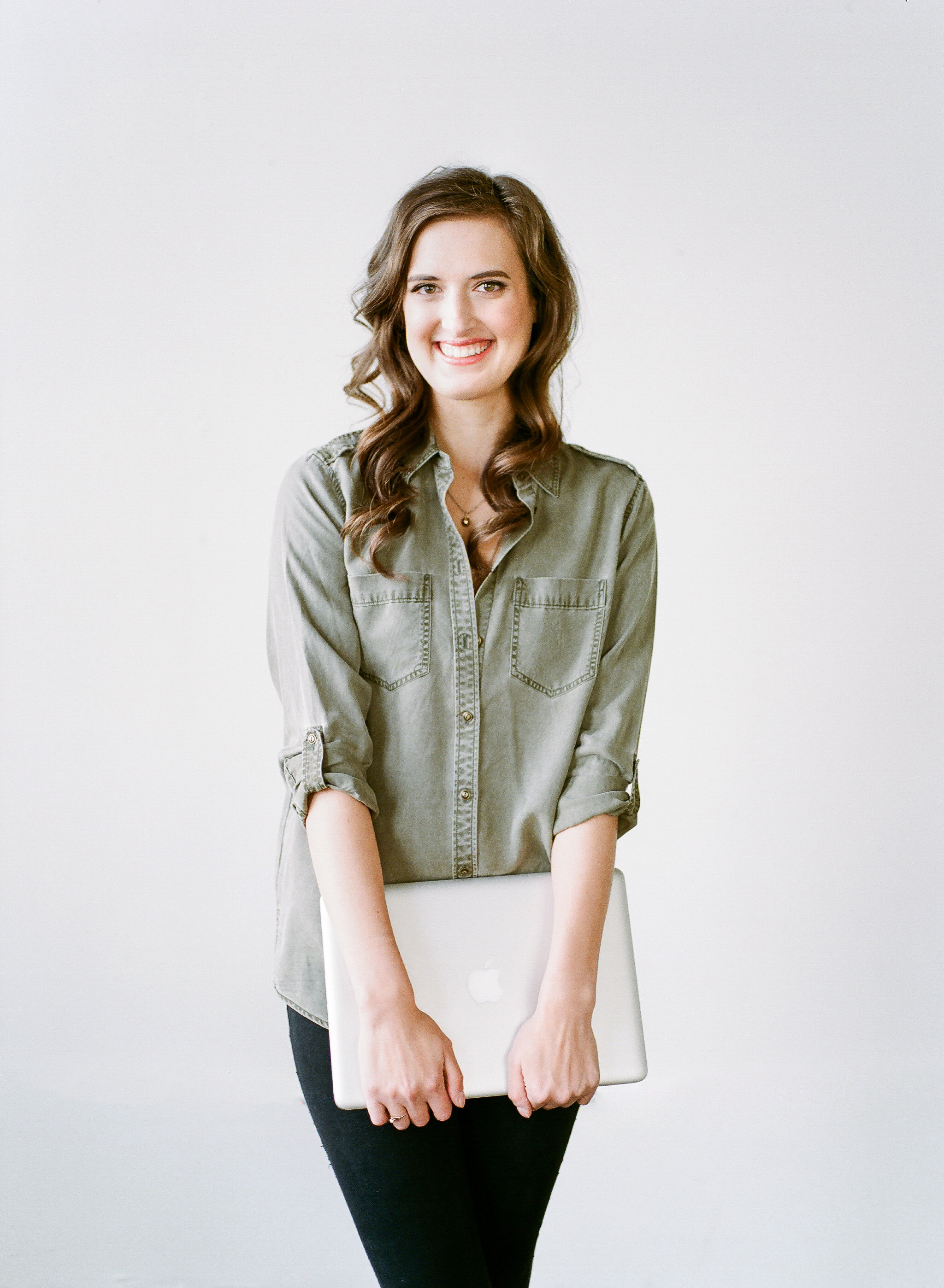 Kayla Hollatz, Copywriter and Content Creator