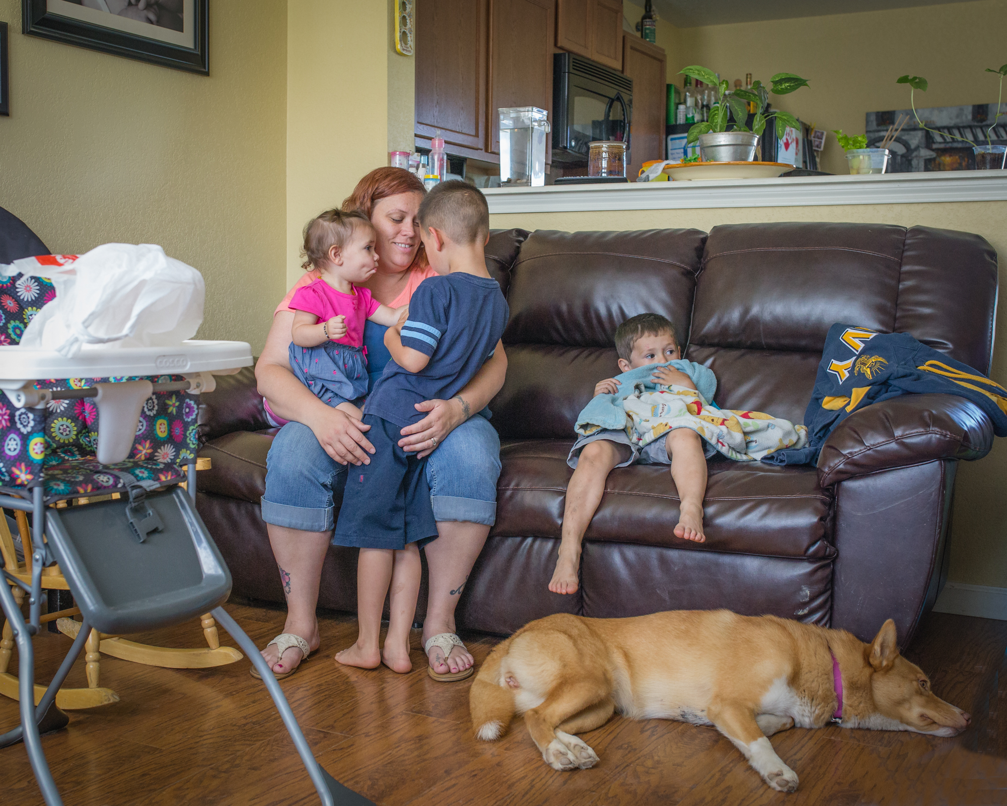 New Braunfels Documentary Portrait Photographer   Mom's everyday life.