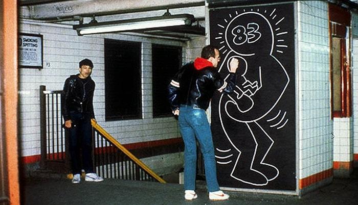 Keith Haring in NYC subway, 1983