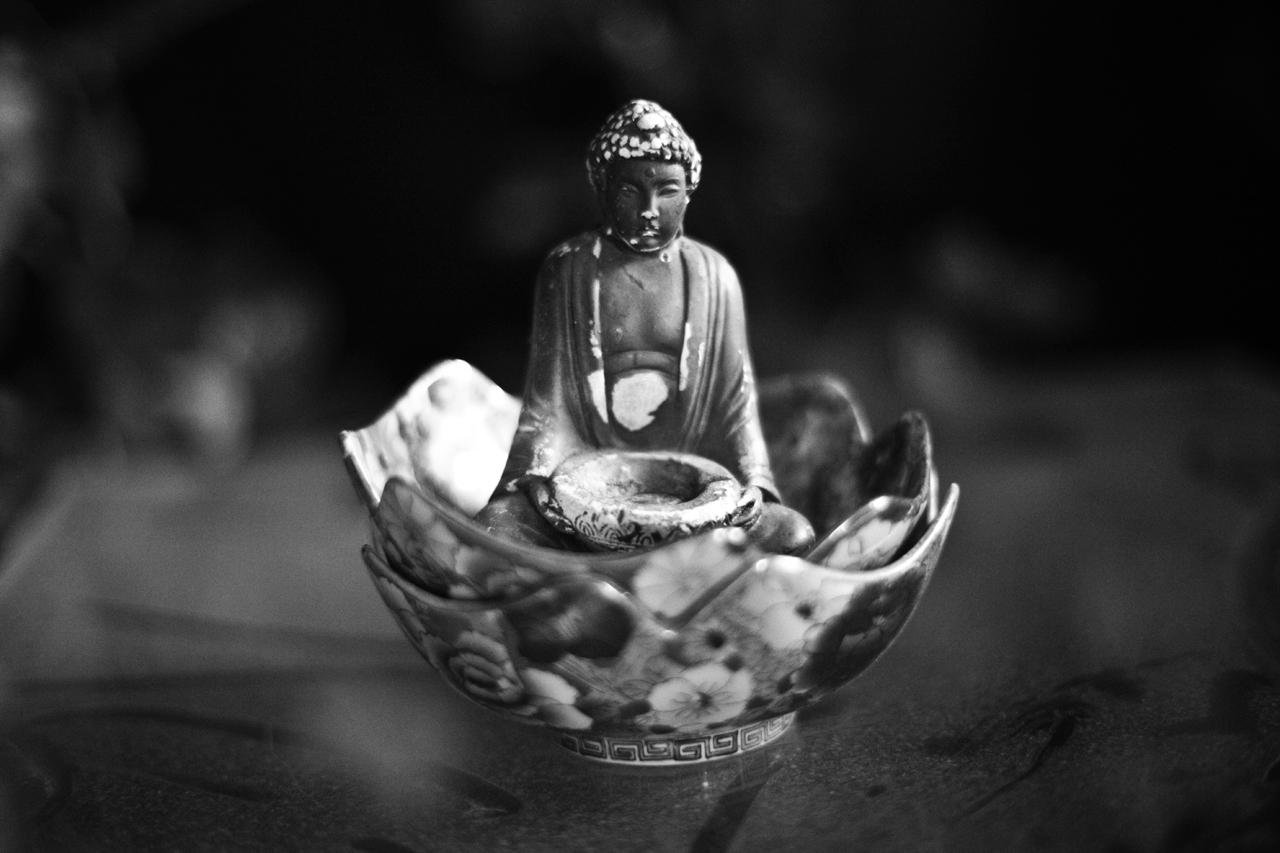 floating-buddha_3400892770_o.jpg