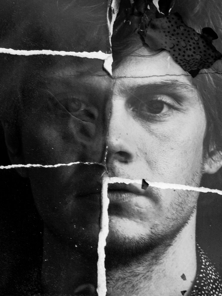 The Laterals / Evan Peters