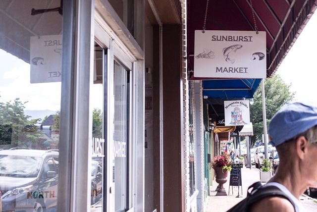 Sunburst Market  is a young shop, but I love going here for snacks and local beer and a variety of other foods. They recently moved into a space with a kitchen so now they are serving homemade yummy things!