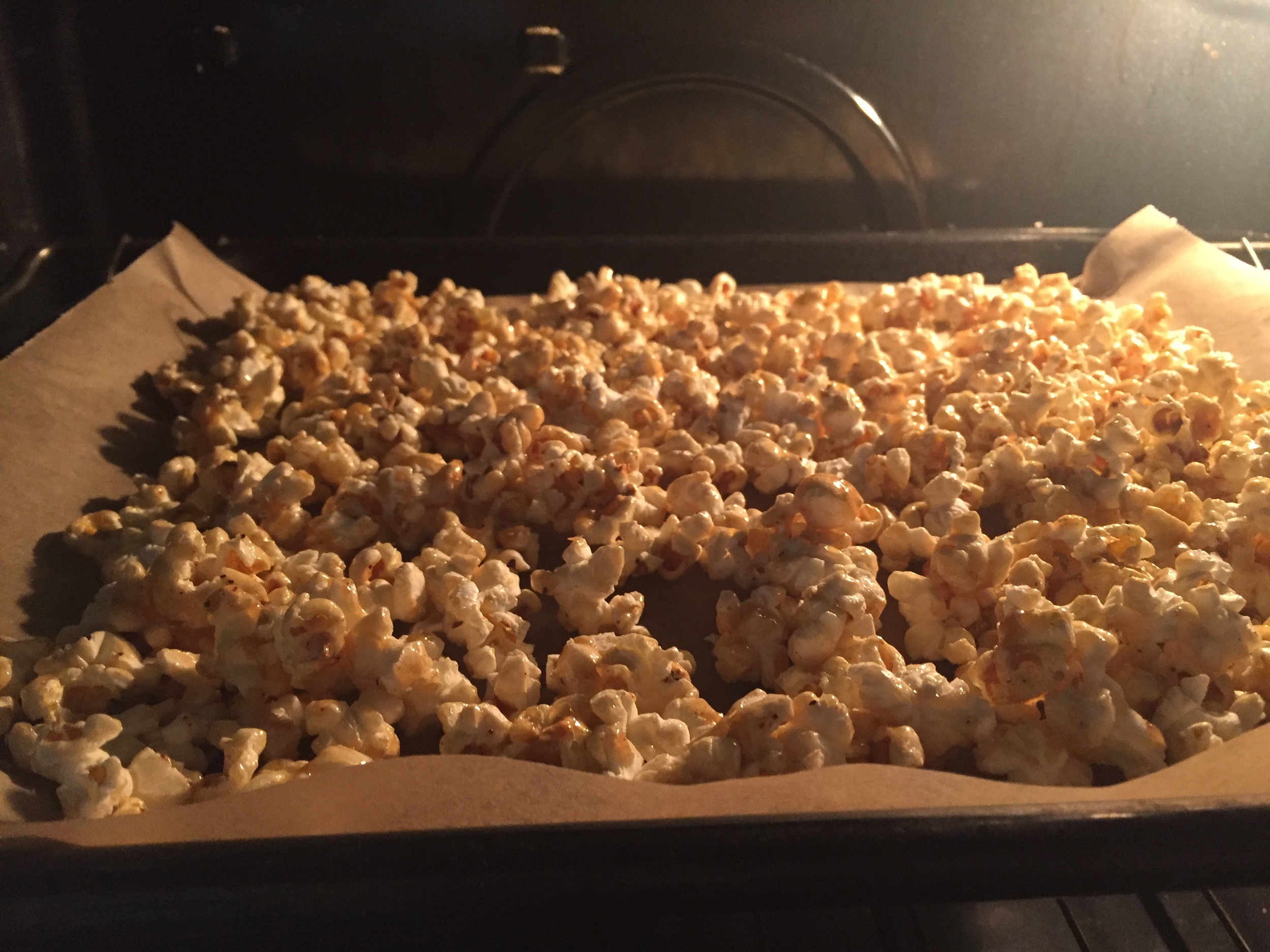 Maple Caramel Corn