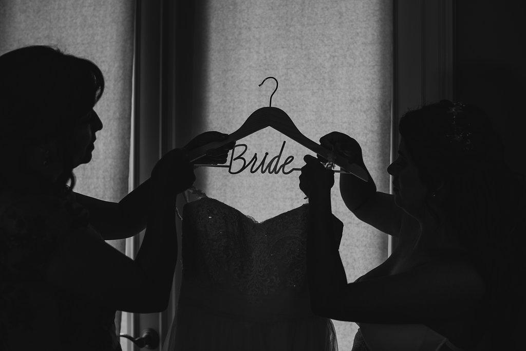 Juliethbravo-wedding.planner-hangger-bridetobe-napples-florida-miami-napples-jwmarriott-weddingdress.jpg