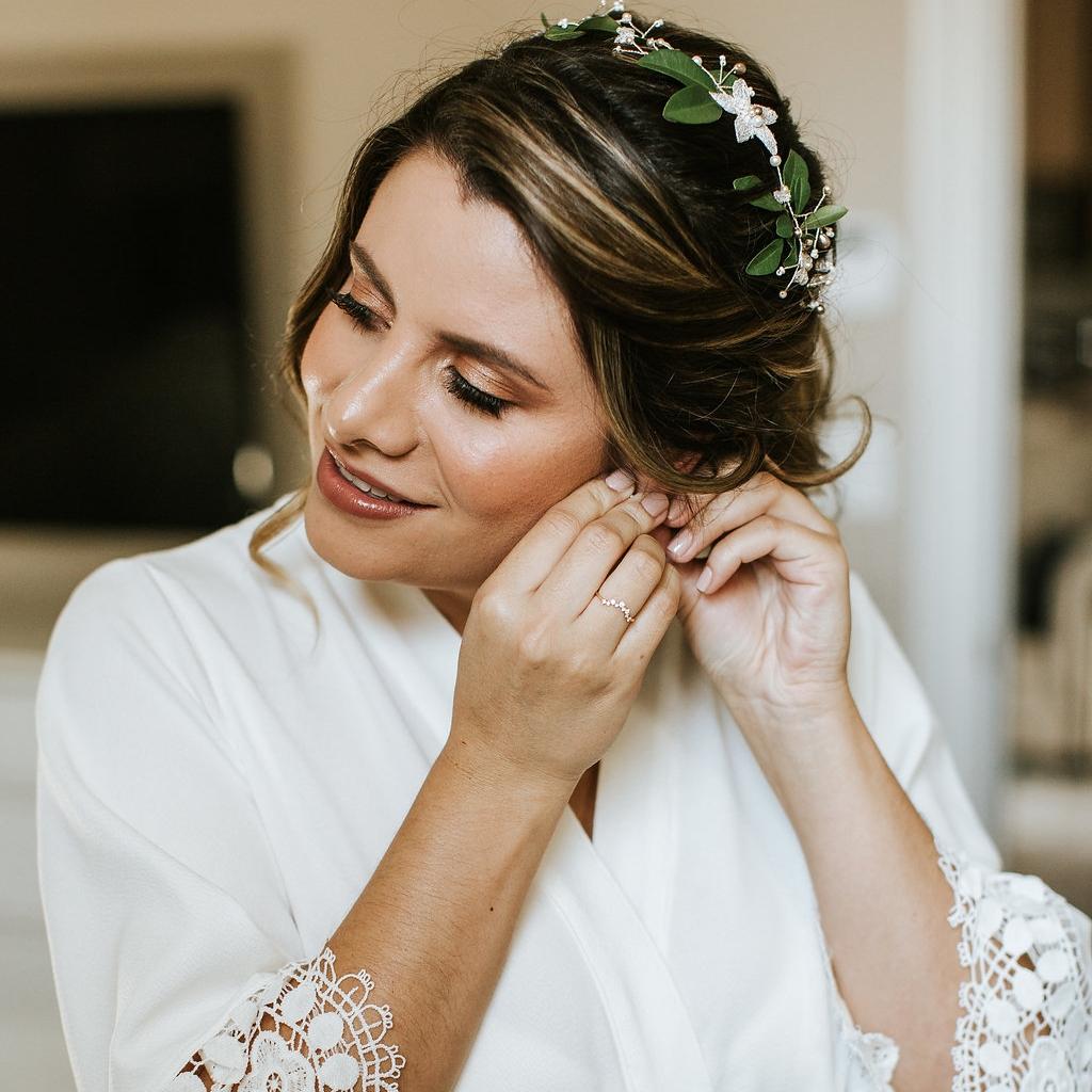 Julieth-bravo-wedding-planner-novia-tocado-bata-miami-bogota-boda-destino-matrimonio.jpg