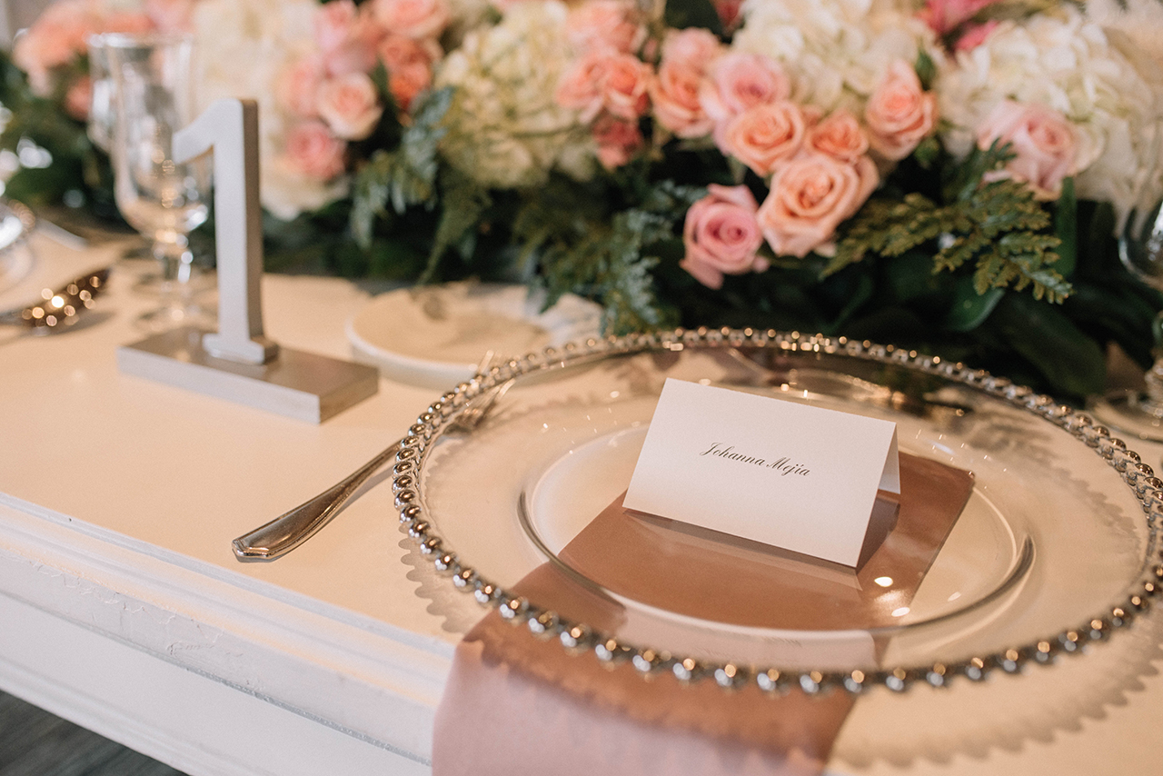 julieth-bravo-wedding-planner-date-design-invitaciones-marca-puesto-haus-weddings-decor-bouquet-bogota.jpg
