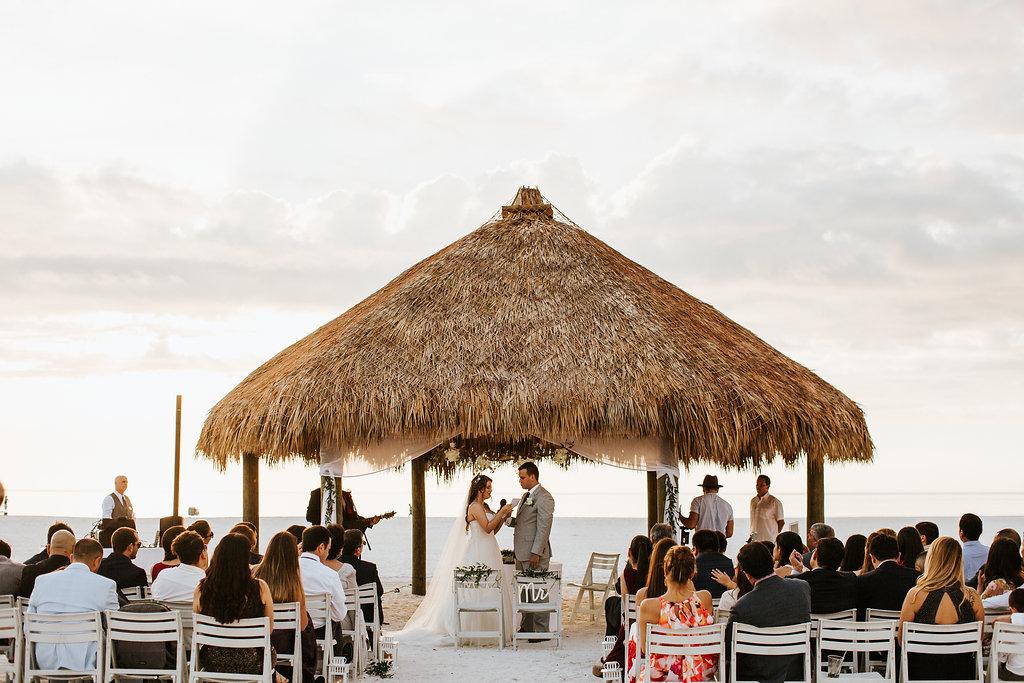 Juliethbravo-wedding-planner-miami-ceremony-beach-bodanelaplaya-marcoisland-jwmarriott-florida.jpg
