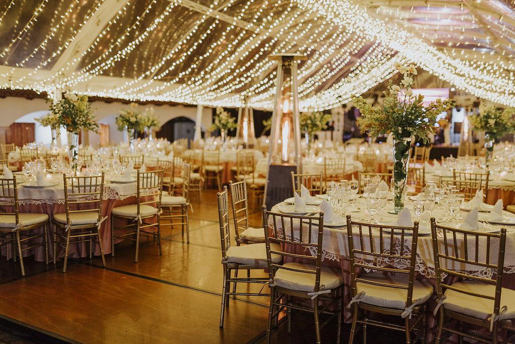 julieth-bravo-weddingplanner-decoracion-techo -luces.jpg