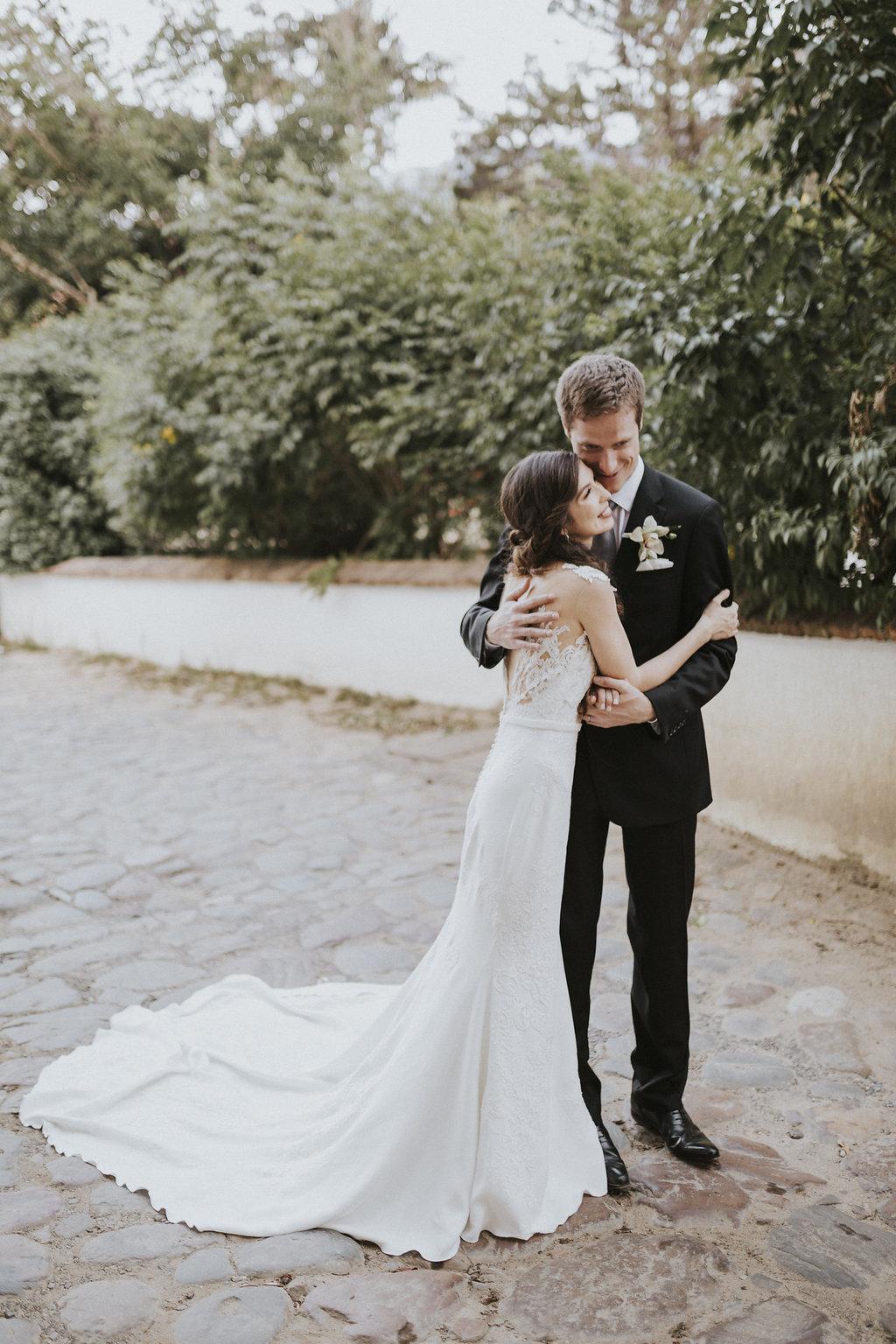 julieth-bravo-wedding-planner-boda-villadeleyva-colobia-boyaca-boda-destino-destination-wedding-serendipity-photo-pronovias-bride-dress.jpg