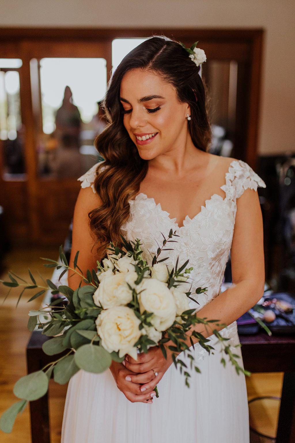 julieth-bravo-wedding-planner-matrimonio-cristiano-brunch-boda-destino-venezuela-pereira-bogotoa.matrimonio-bouquet-novia-hondas-pelo-laurapantoja-maquillale-alexrivera-diseñadora.jpg
