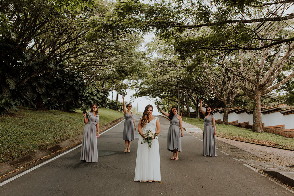 julieth-bravo-damasde-honor-brides-maids.jpg