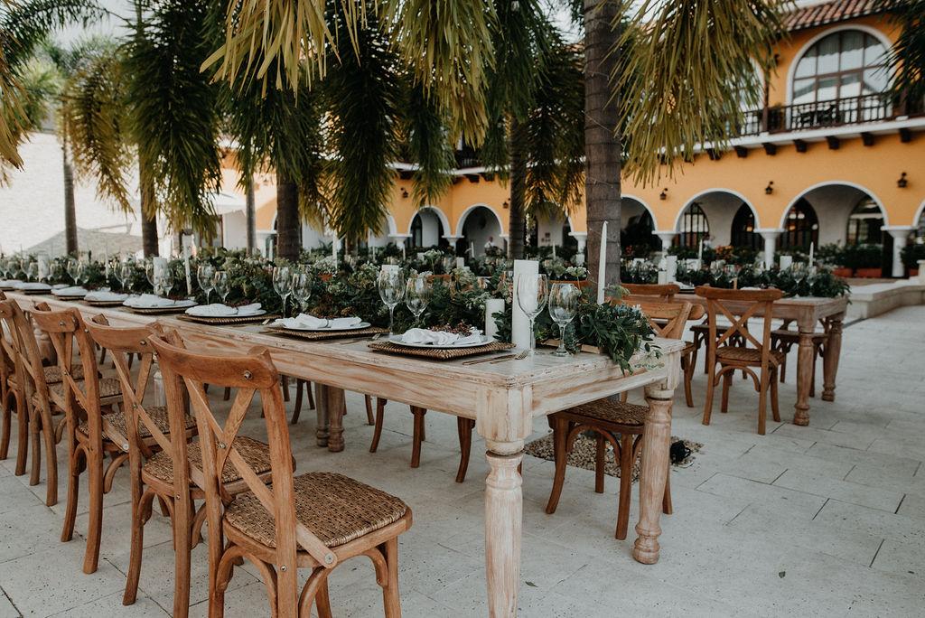 juliethbravo-wedding-planner-destination-wedding-matrimonio-colombia-wedding-decor-tropical.jpg