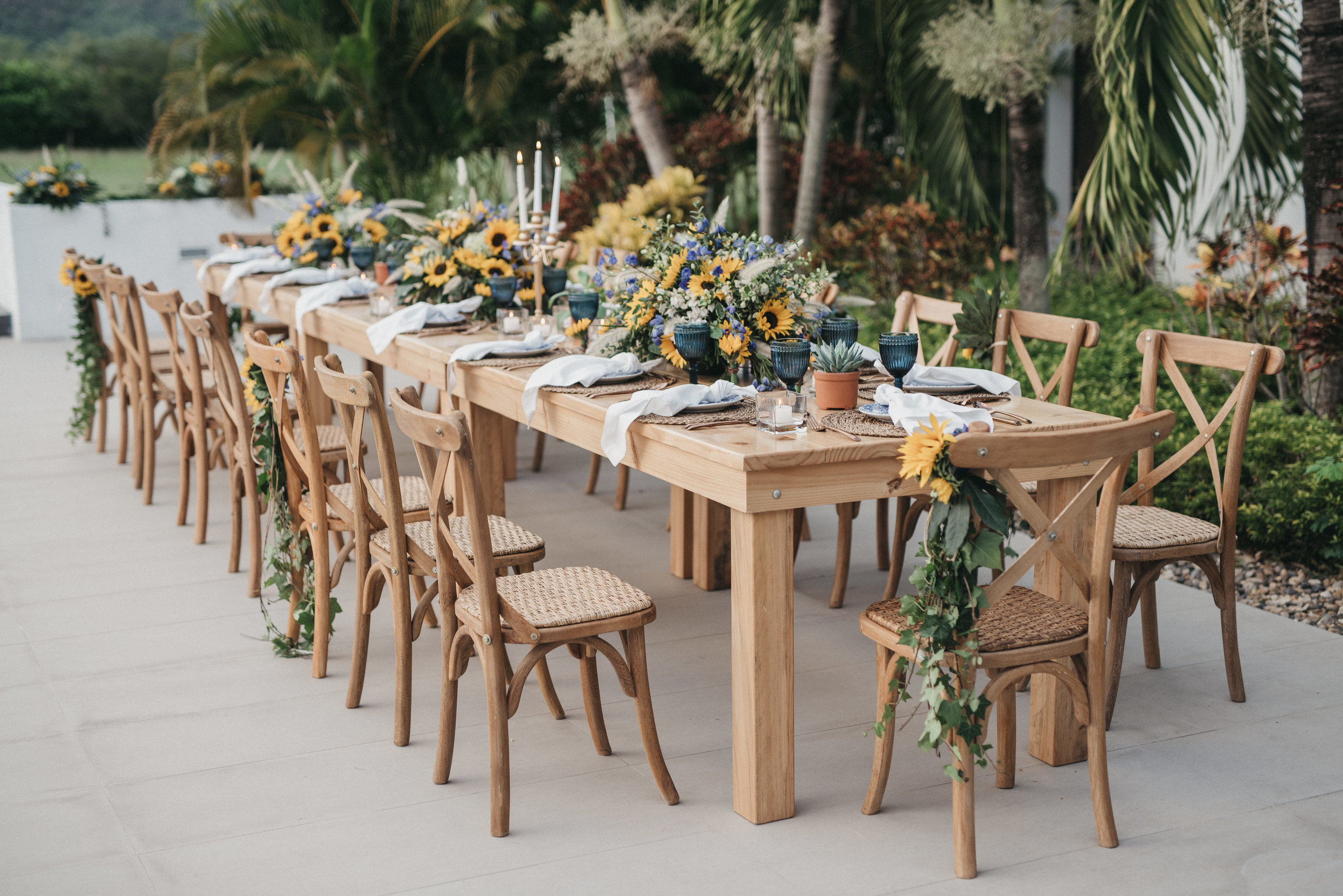 Juliethbravo-weddingplanner-matrimonio-aniversario-bodadestino-destinationwedding-colombia-love-ricaurte-sunflowers.jpg