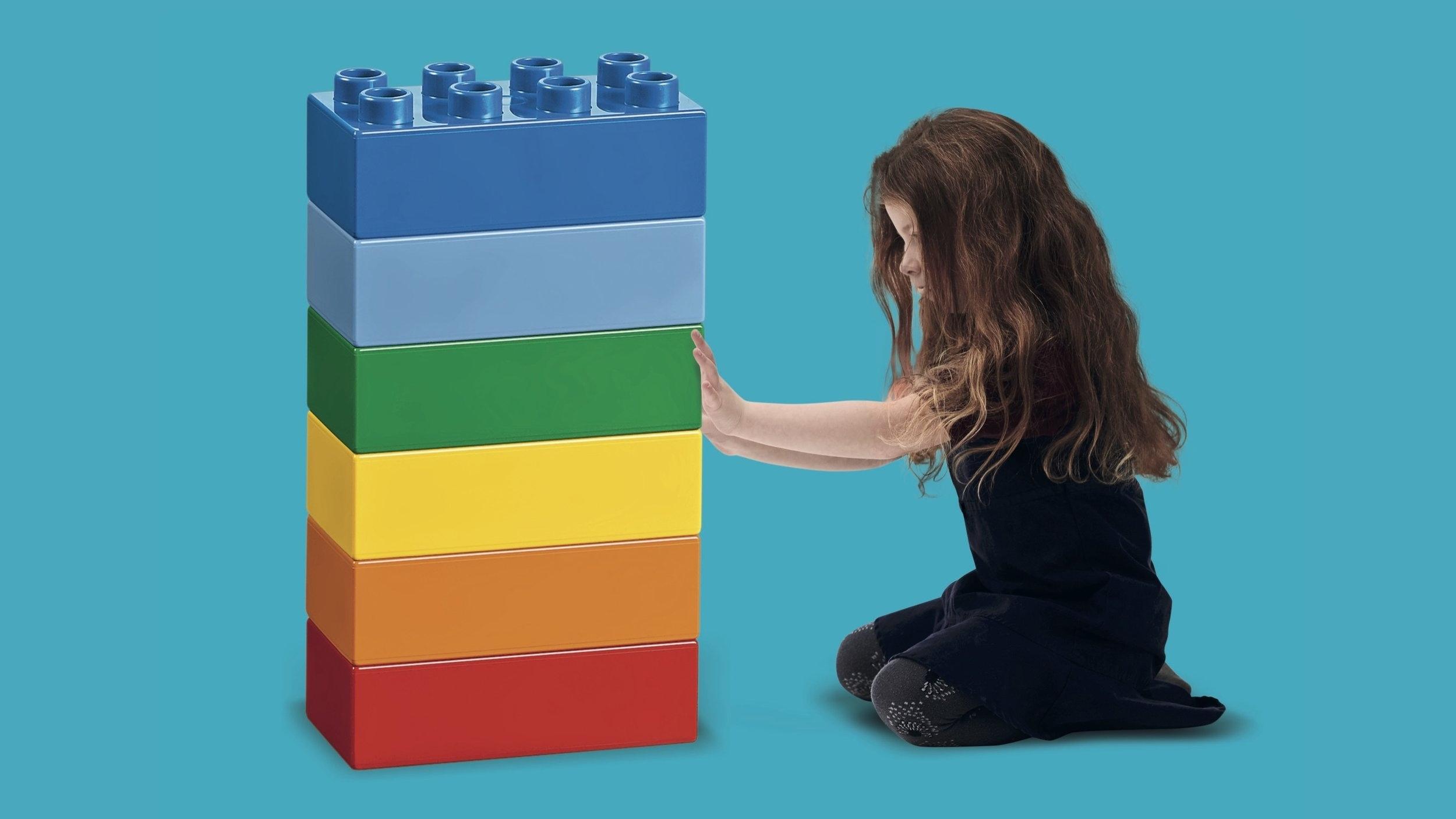 LEGO® 6 Bricks Workshop - Atividades curtas e divertidas com conjuntos de peças LEGO DUPLO em seis cores vivas.