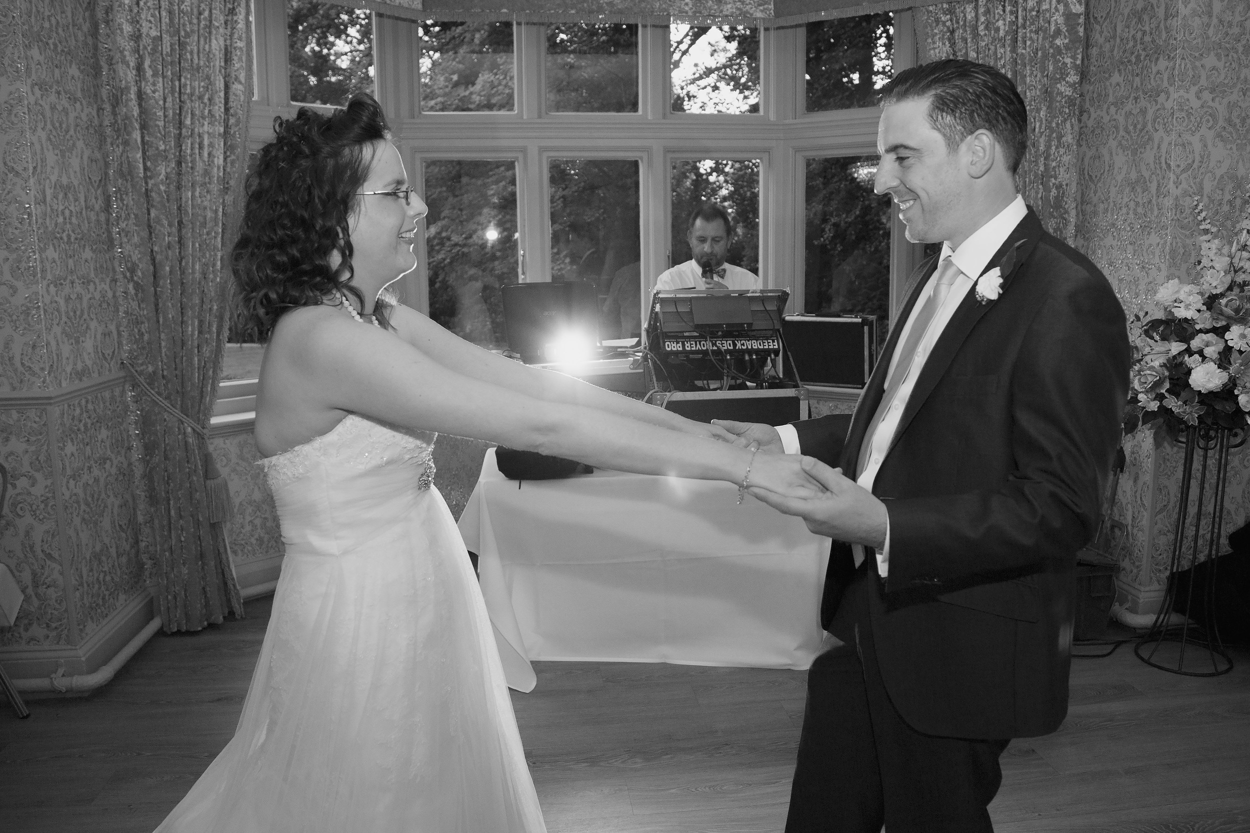 Mr_and_Mrs_Carter (368 of 400).jpg