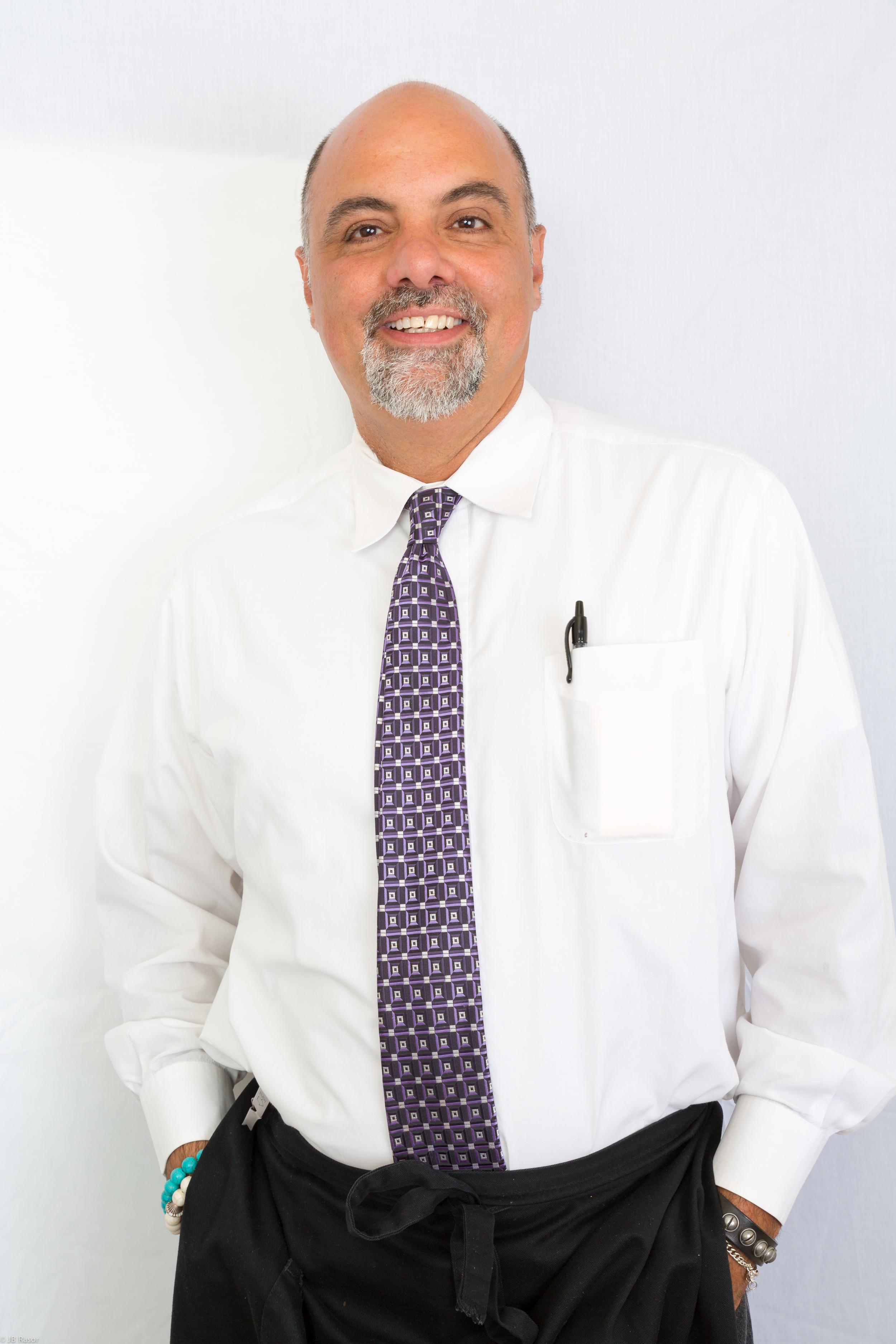 Salvatore Mattiello    Wine Specialist