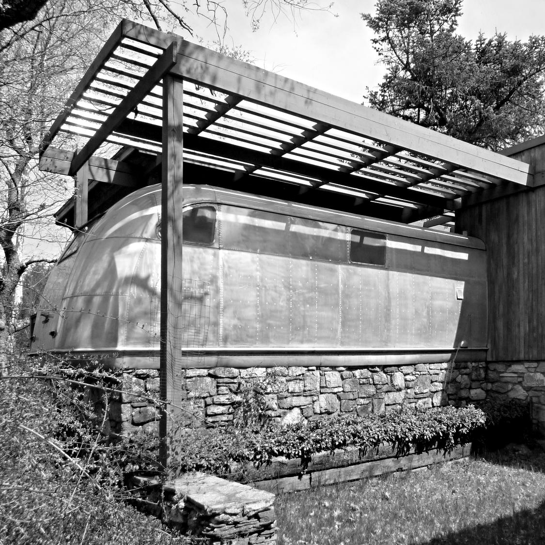 WOLFSON TRAILER HOUSE + PROPERTY