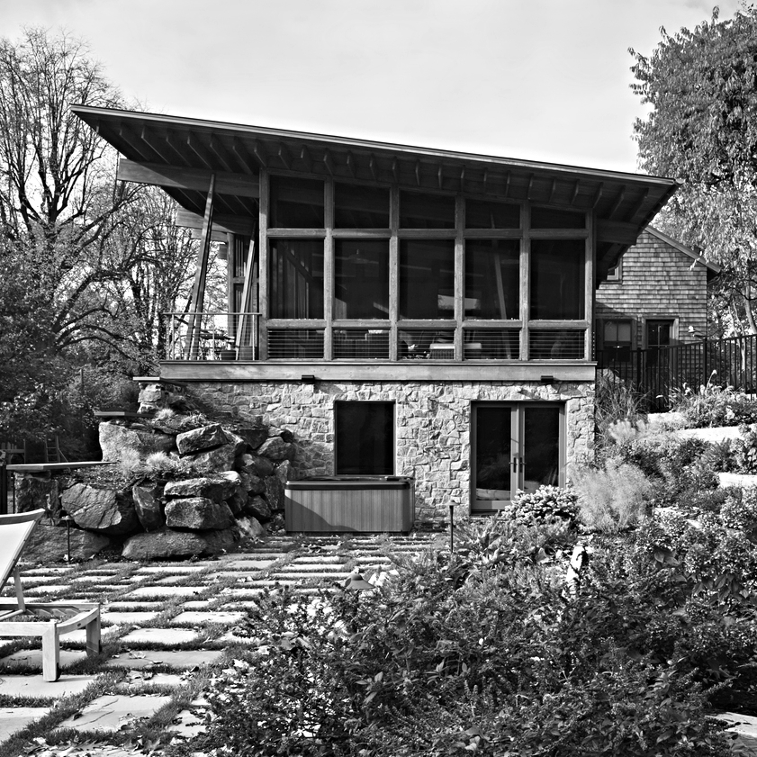 SANDS POINT HOUSE