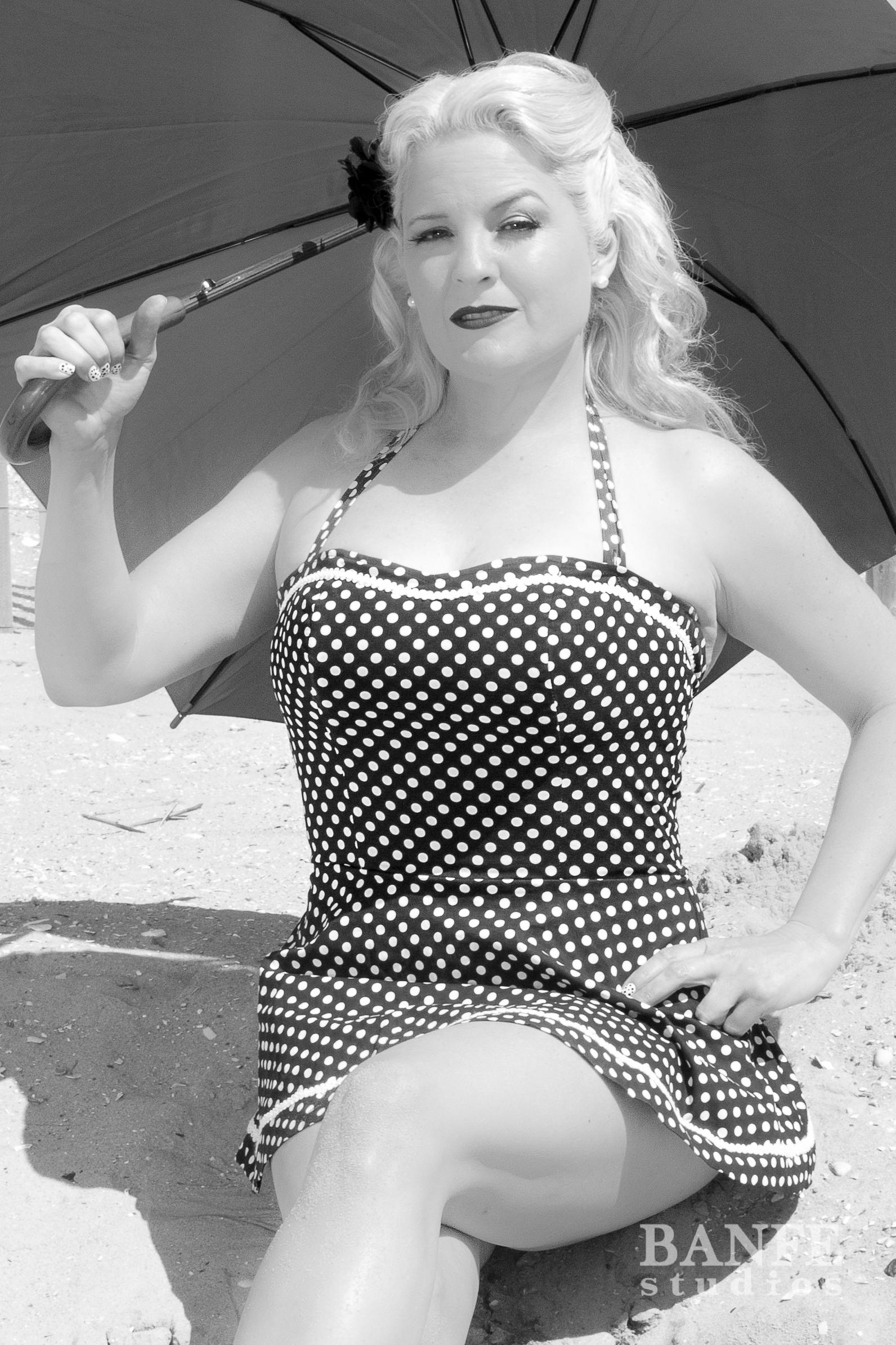 Lucy @ Beach-0873.jpg