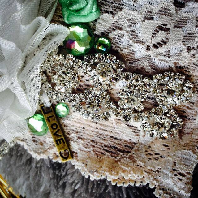bridal garter detail