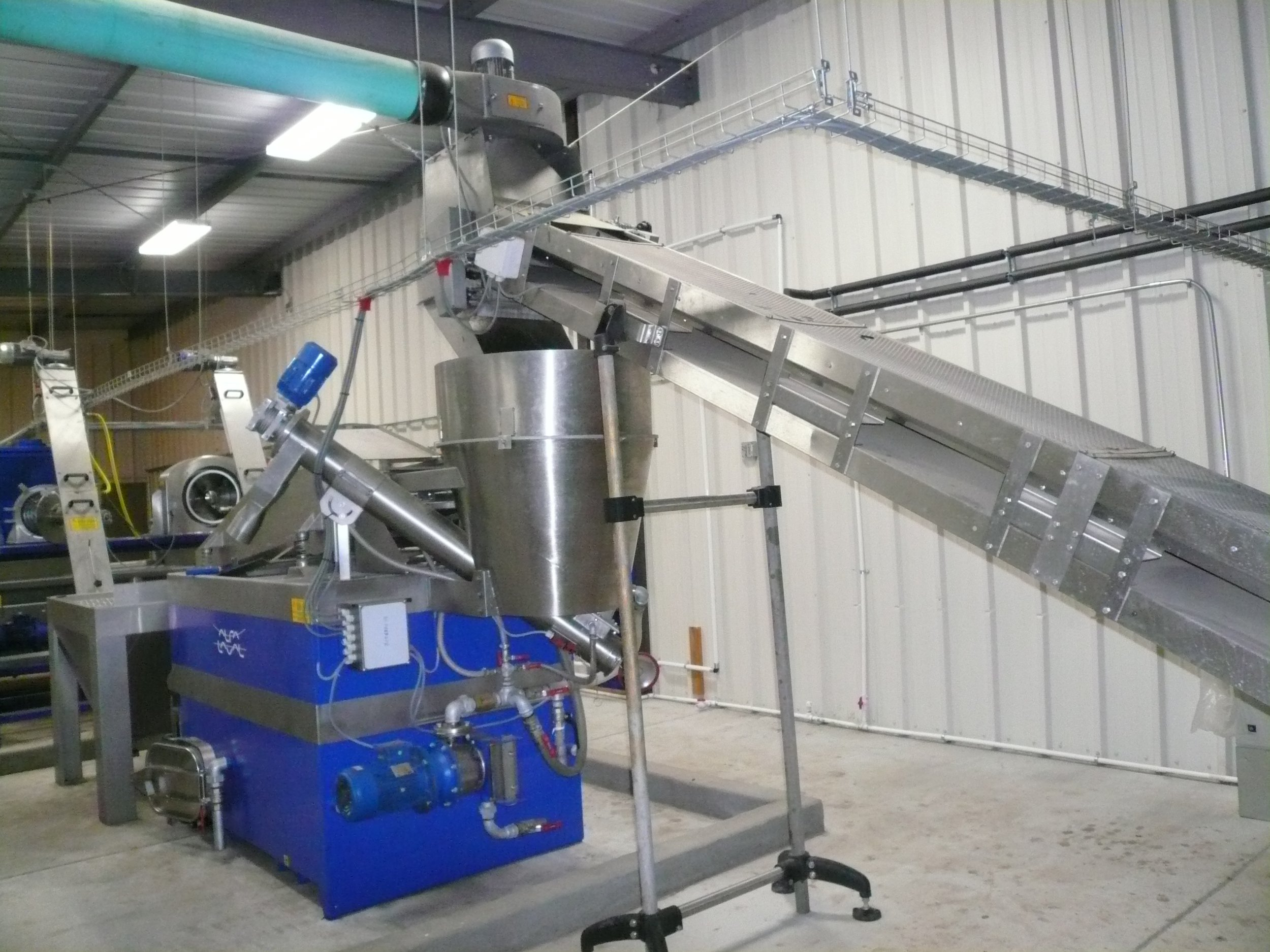 State of the art Italian made Alfa Laval three phase olive mill.