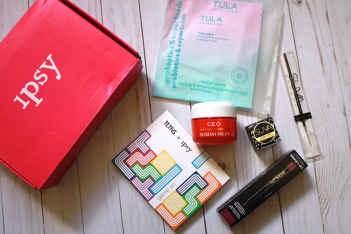 Ipsy Glam Bag Plus