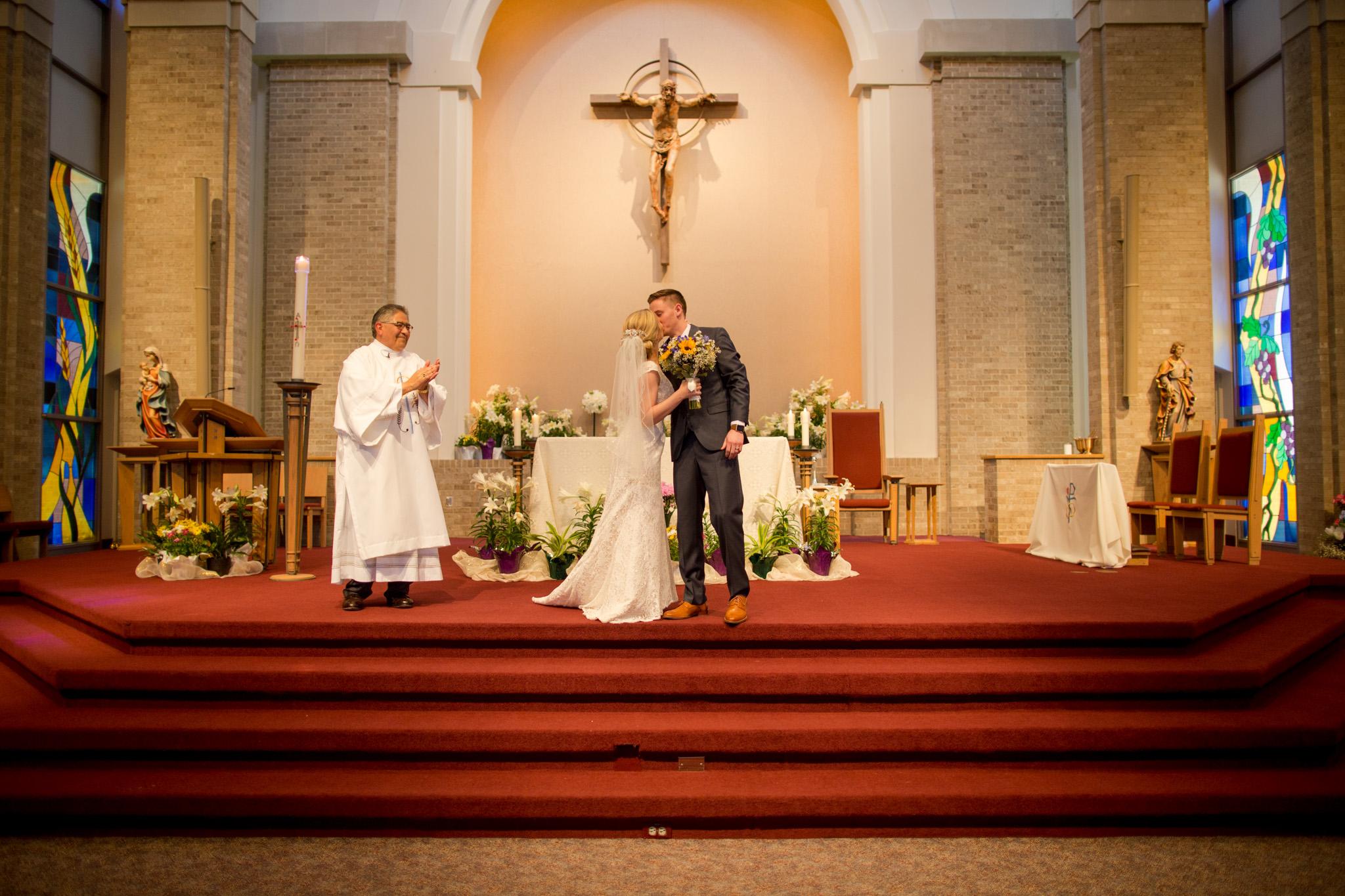 lawrence kansas wedding photographer-31.jpg