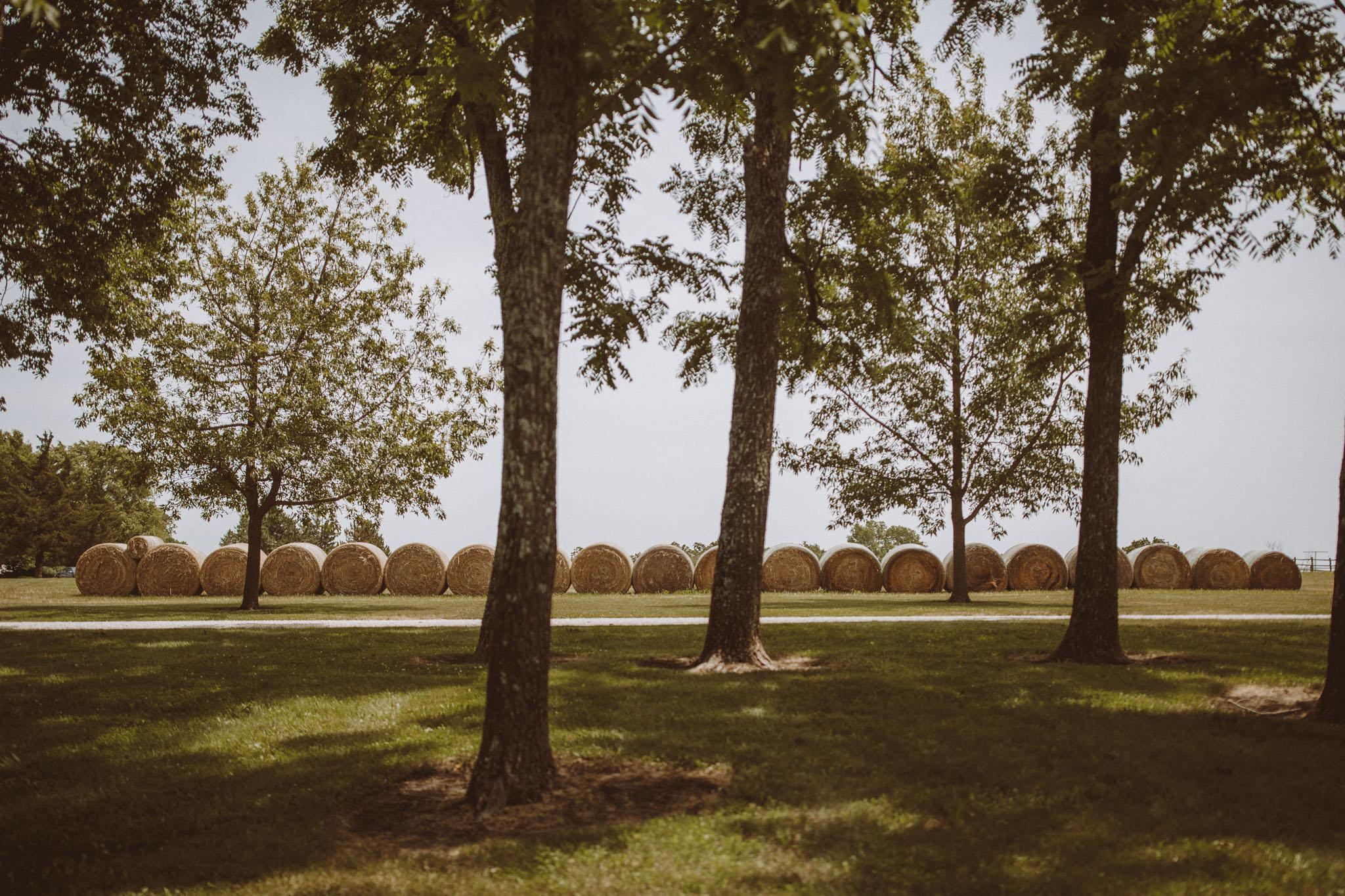 kansas city barn wedding -1.jpg