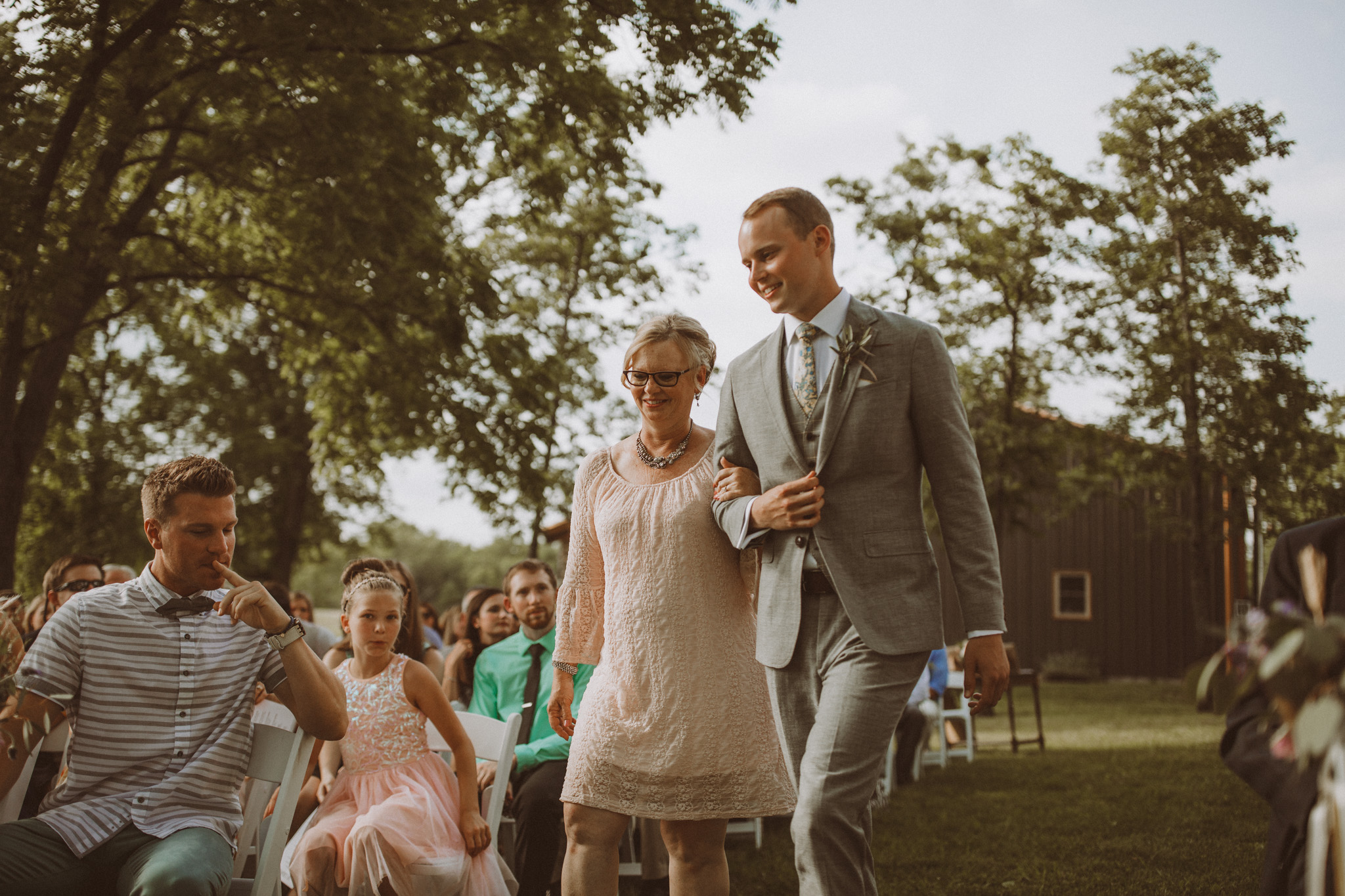 kansas city barn wedding -82.jpg