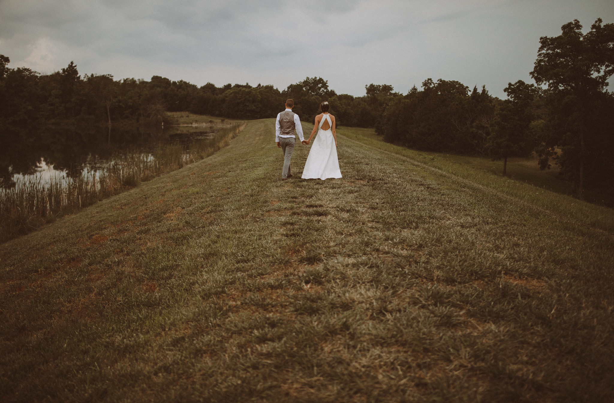 kansas city barn wedding-127.jpg