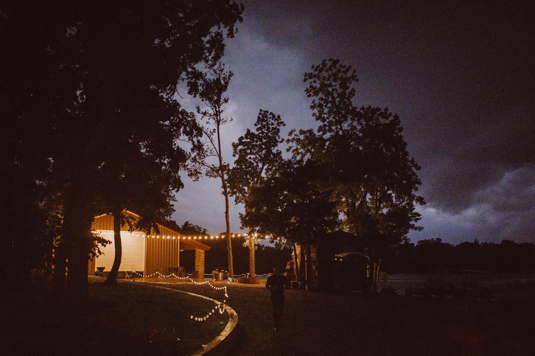 kansas city barn wedding-145.jpg