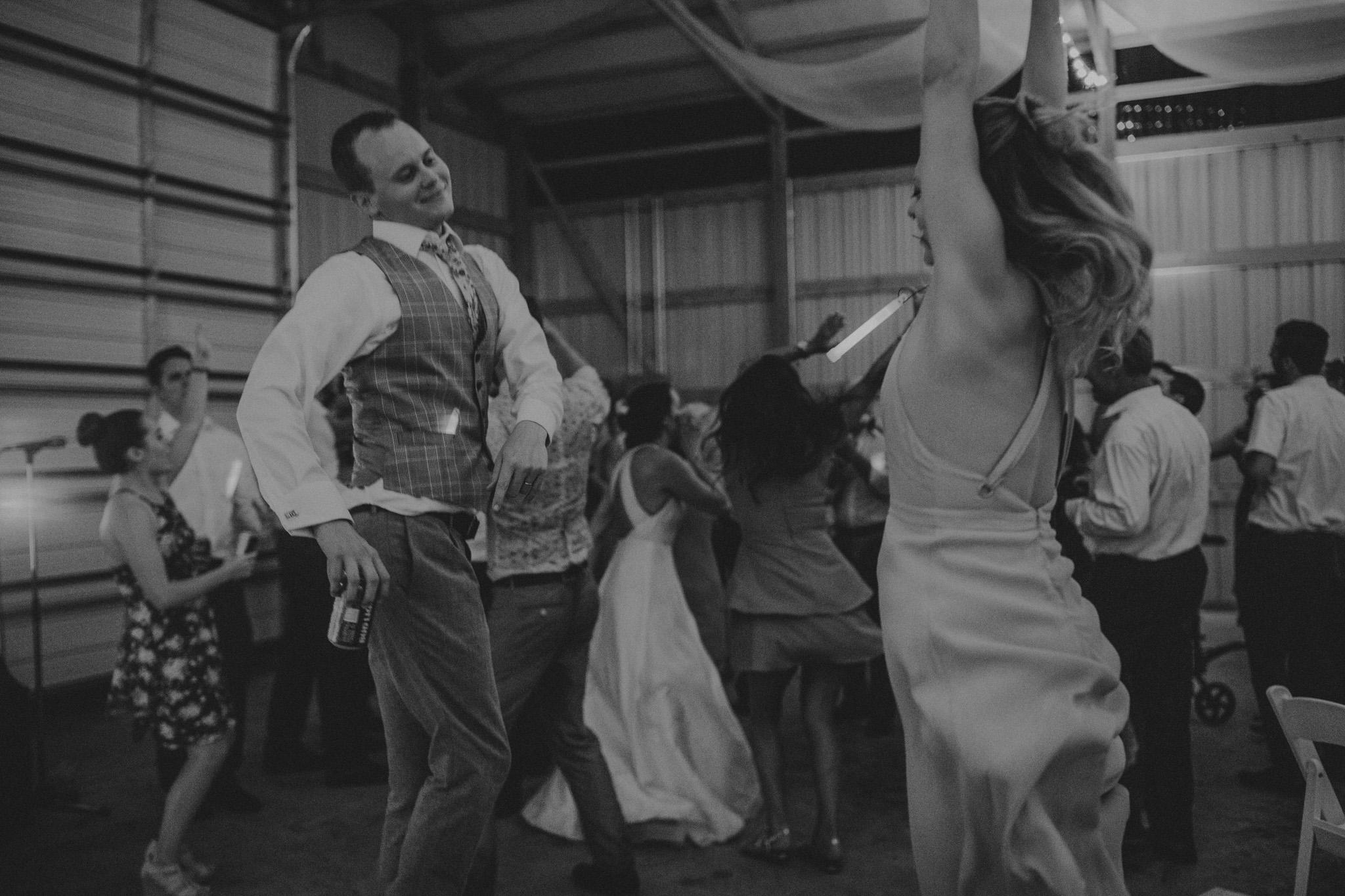 kansas city barn wedding-153.jpg