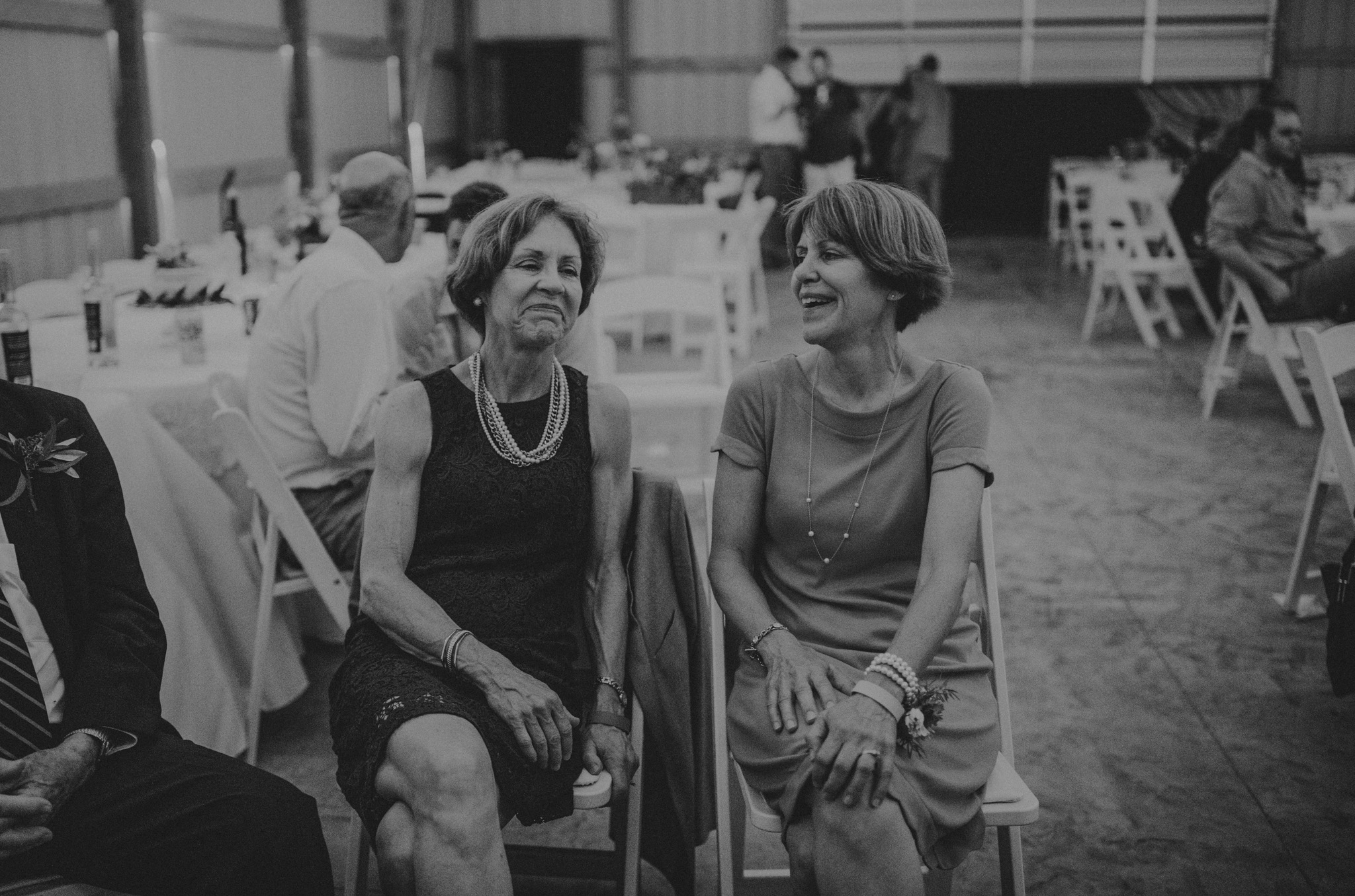 kansas city barn wedding-156.jpg