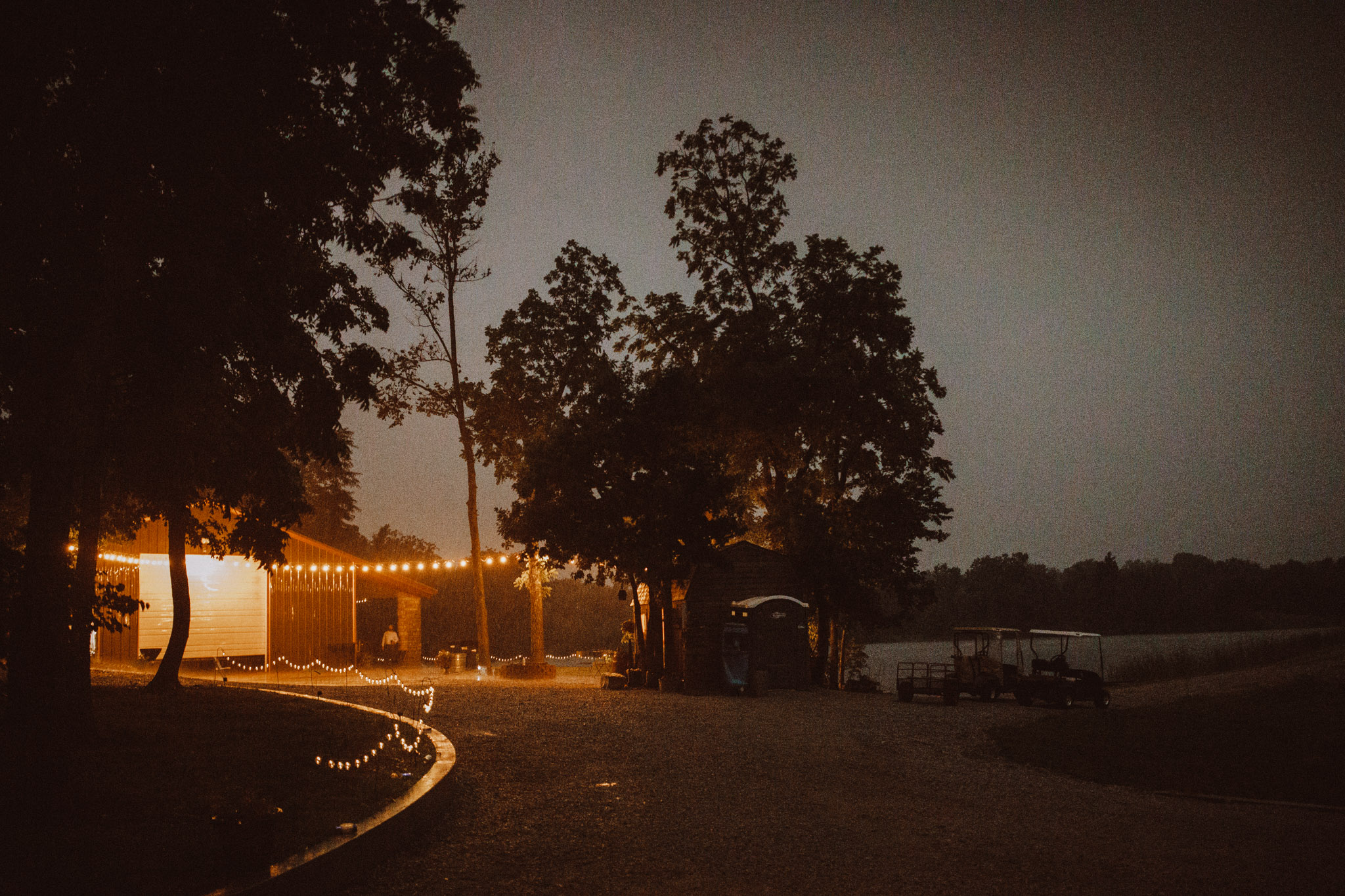 kansas city barn wedding-166.jpg